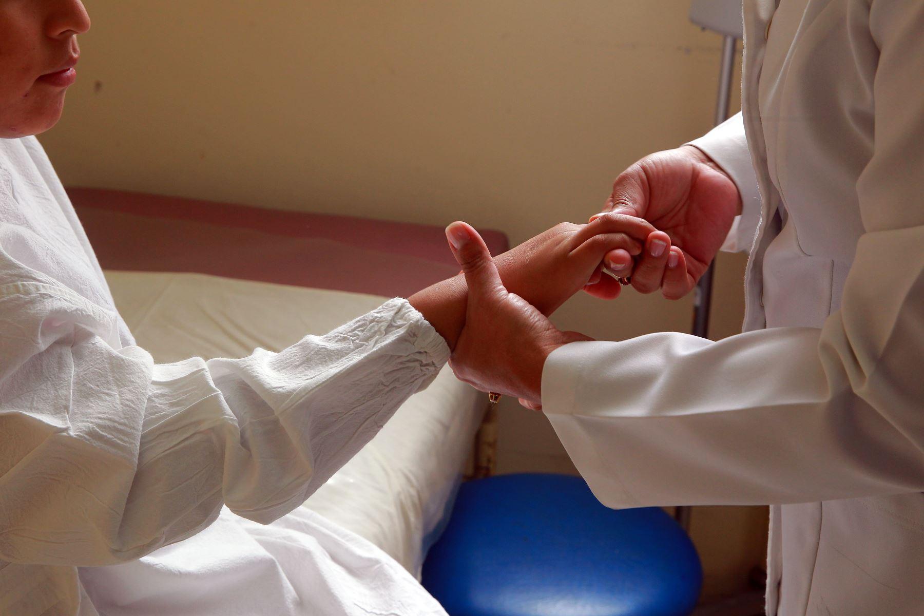 Es importante detectar a tiempo la artritis juvenil. Foto: ANDINA/Luis Iparraguirre