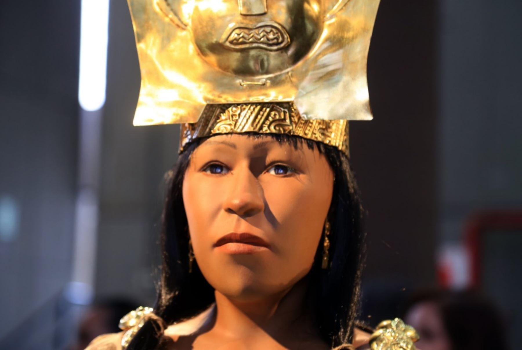 El ministro de Cultura, Salvador del Solar, destacó hoy que gracias a la avanzada tecnología y el denodado trabajo de 10 meses realizado por arqueólogos del complejo El Brujo, el Perú y el mundo pueden conocer ahora el rostro de la Señora de Cao, gobernante mochica que vivió hace 1,700 años en el norte del país.