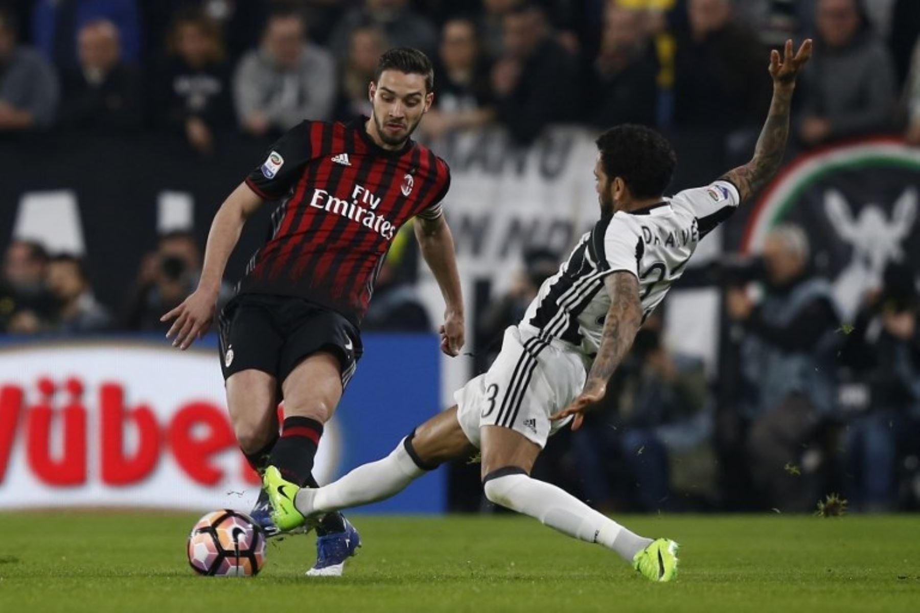 Camiseta Juventus MATTIA DE SCIGLIO