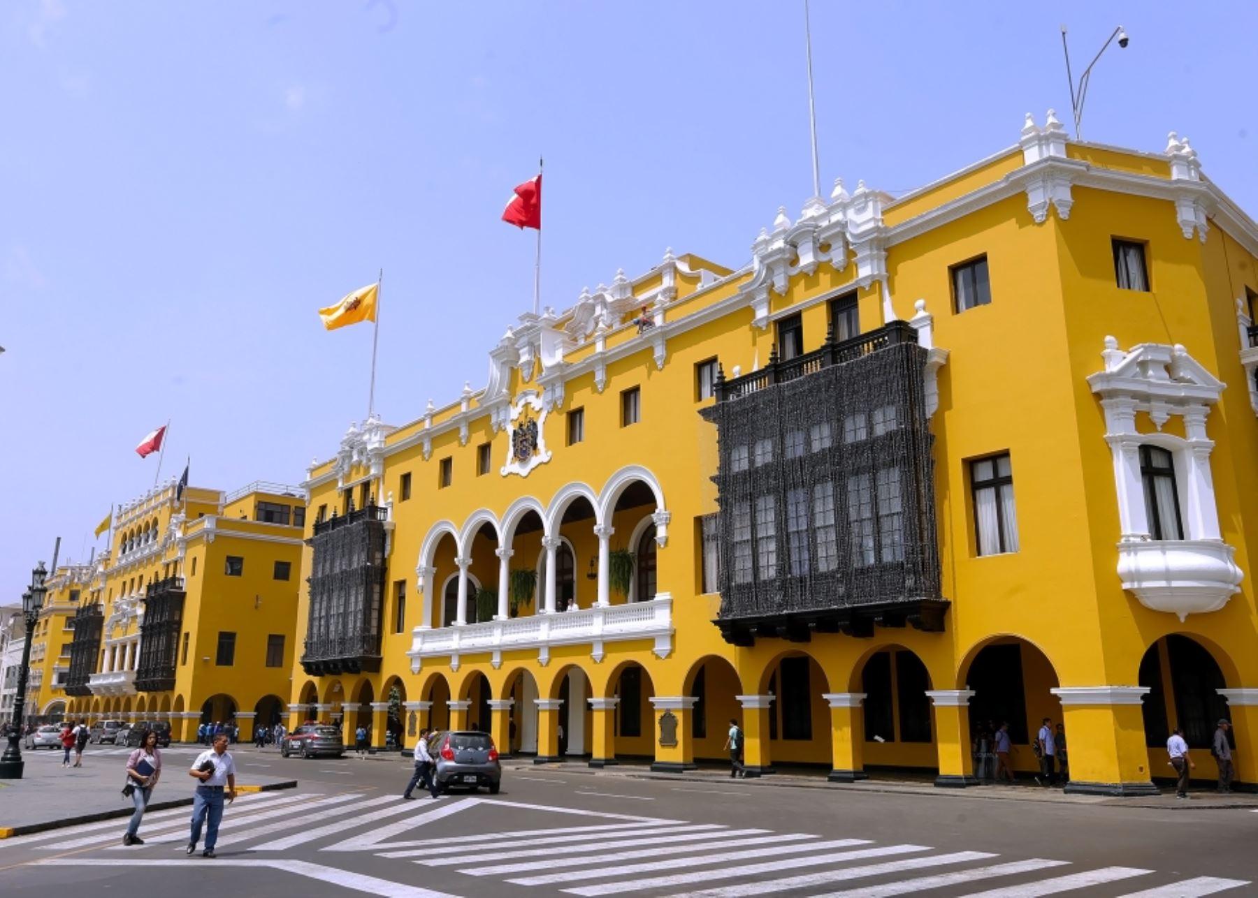 Fiestas Patrias: disponen embanderamiento general de Lima Cercado. Foto: ANDINA/Difusión.