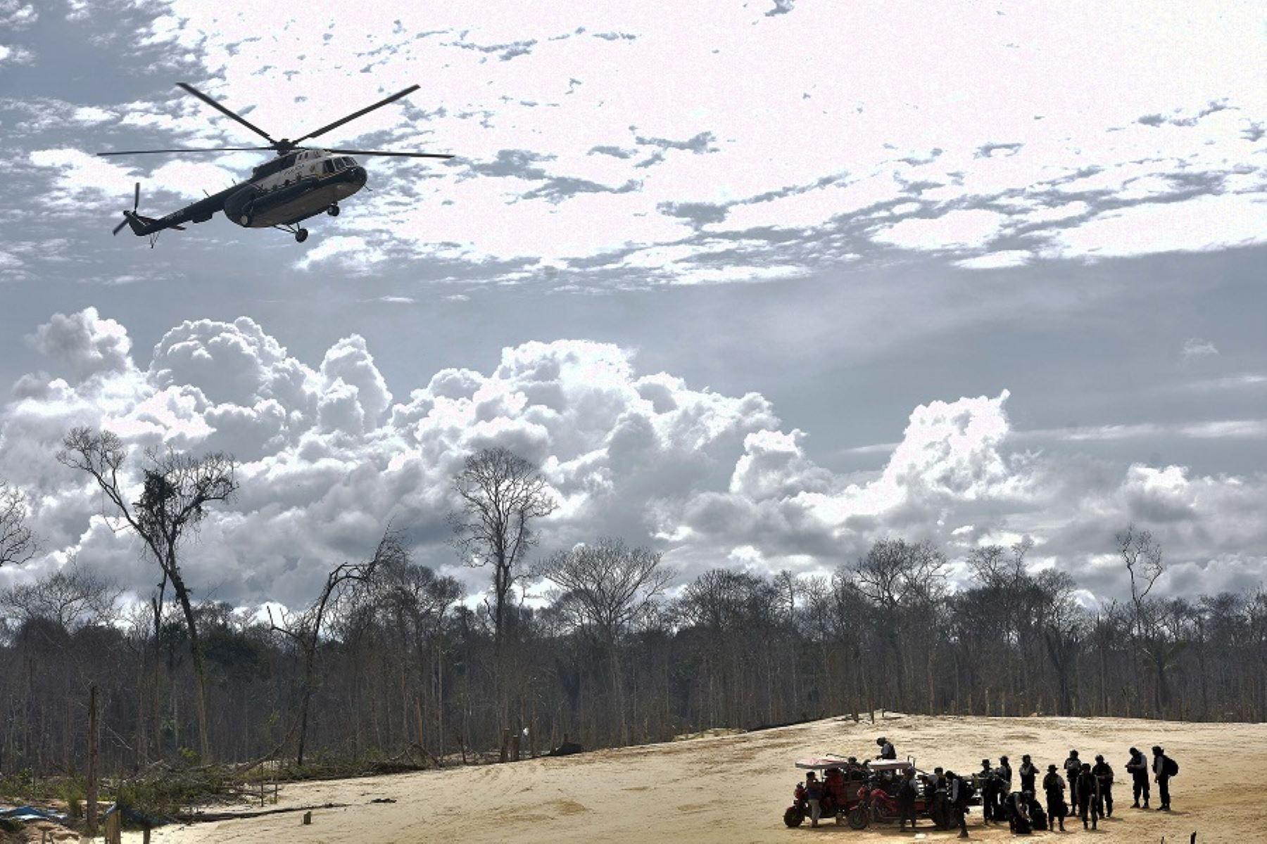 Foto: Lucha contra la minería ilegal.
