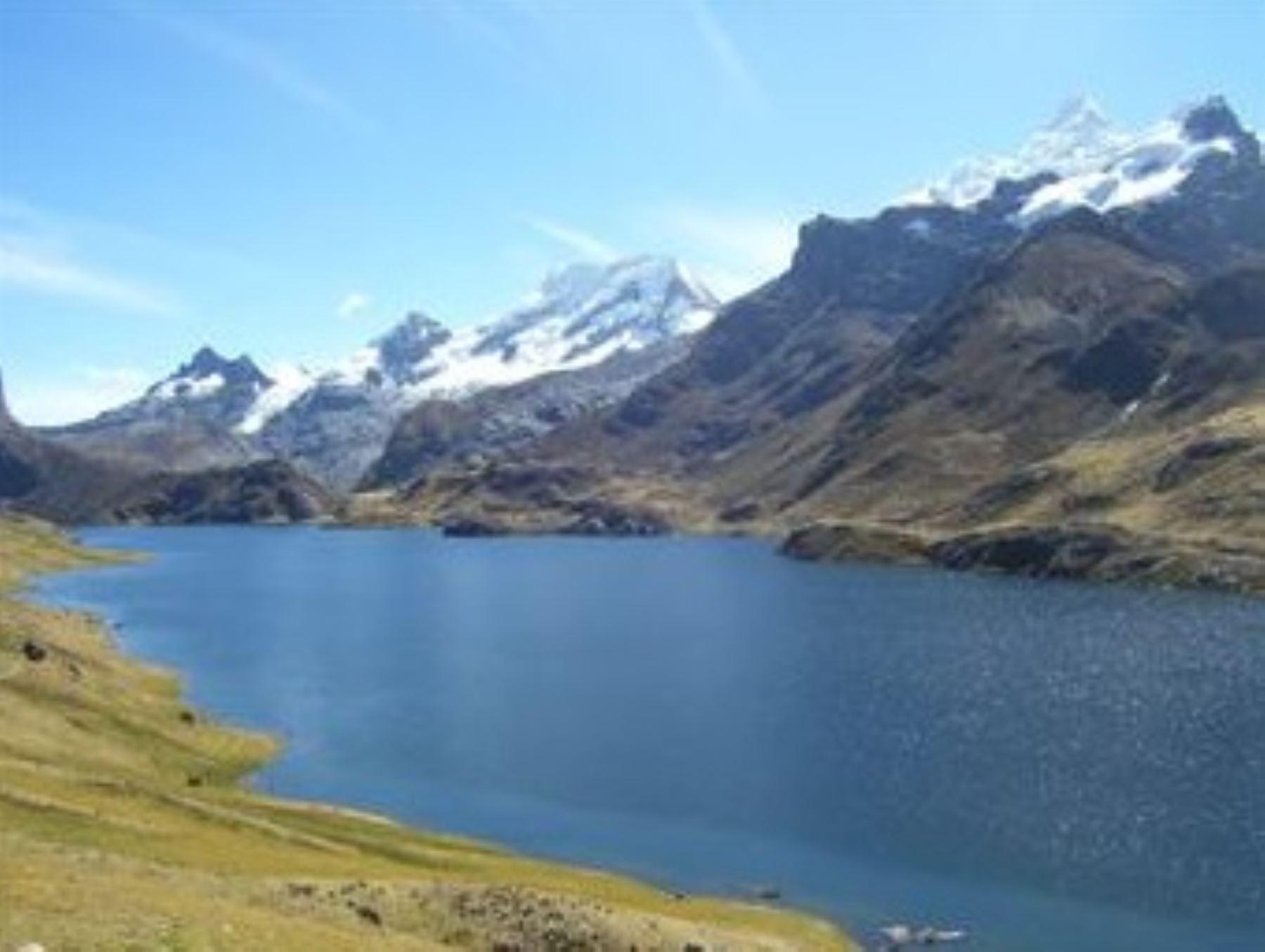 Laguna de Surasaca, en la provincia de Oyón.Foto:  ANDINA/Difusión.