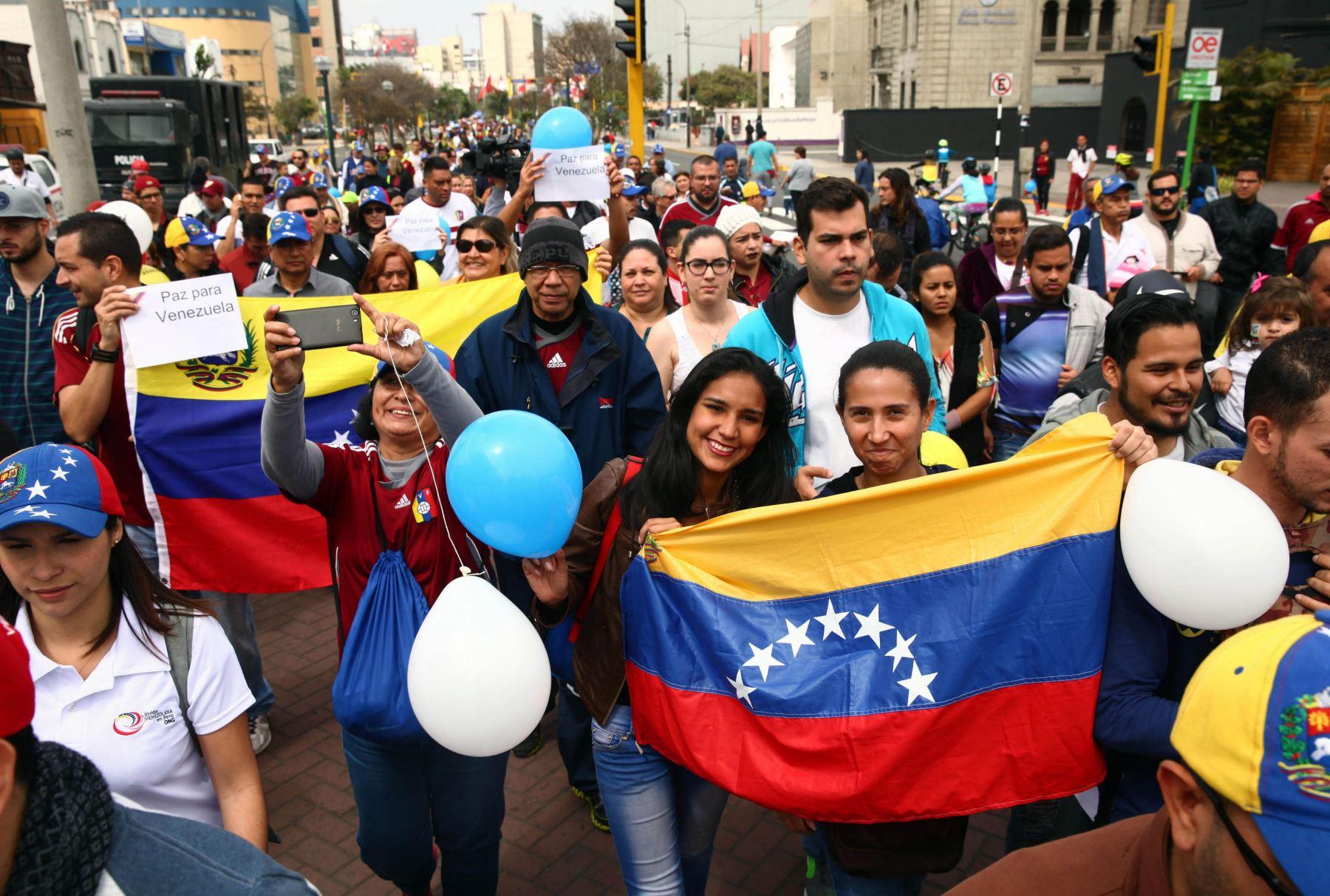 Venezolanos en el Perú. Foto:EFE