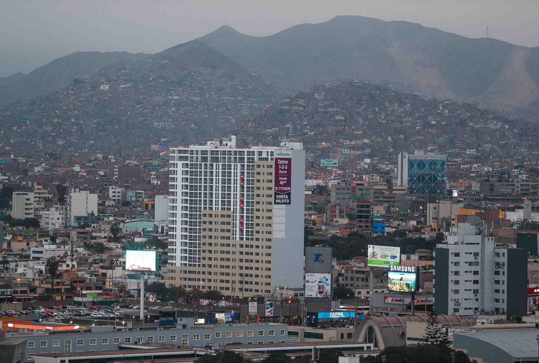 Vista de la ciudad de Lima. ANDINA/Carlos Lezama