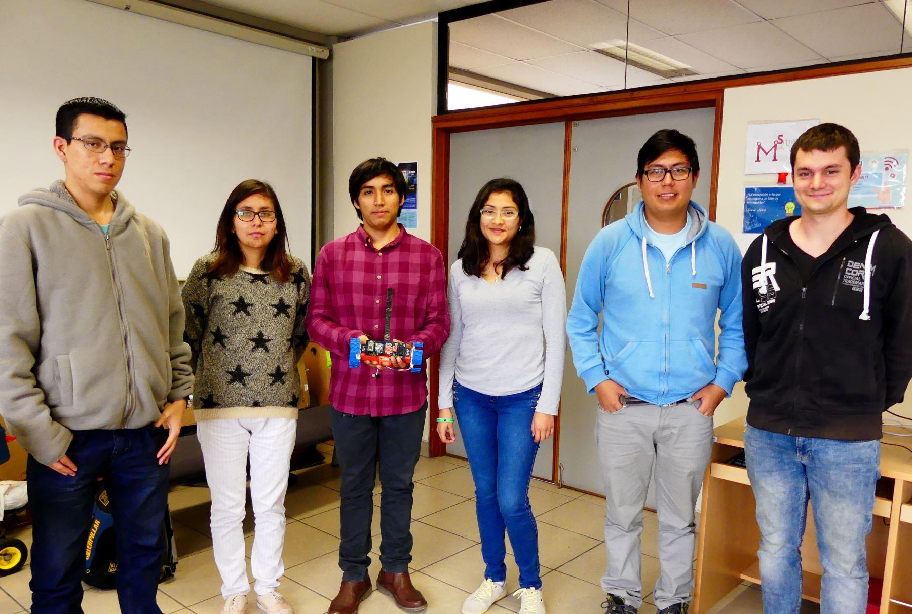 Estudiantes peruanos lograron el segundo puesto en competencia aeroespacial internacional. Foto: Andina/Difusión