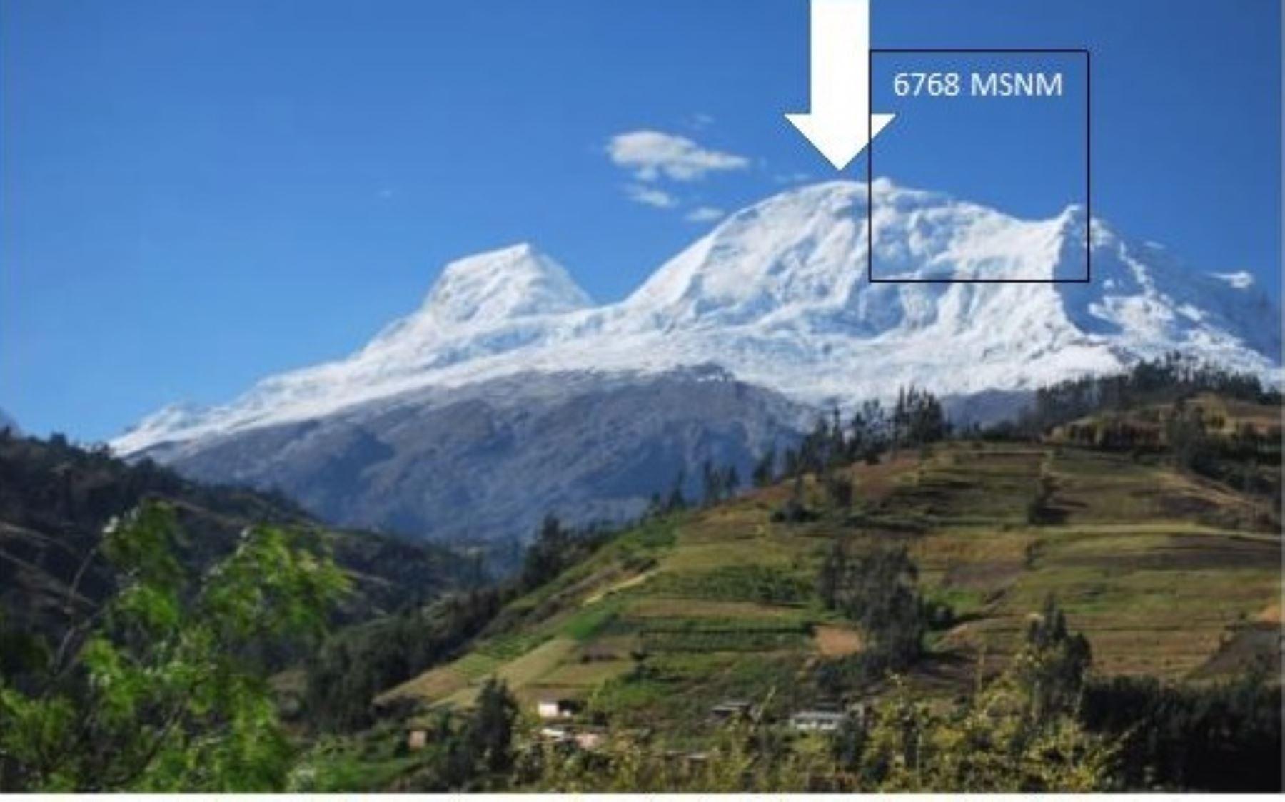 Nevado Huascarán, cumbre más alta del mundo..