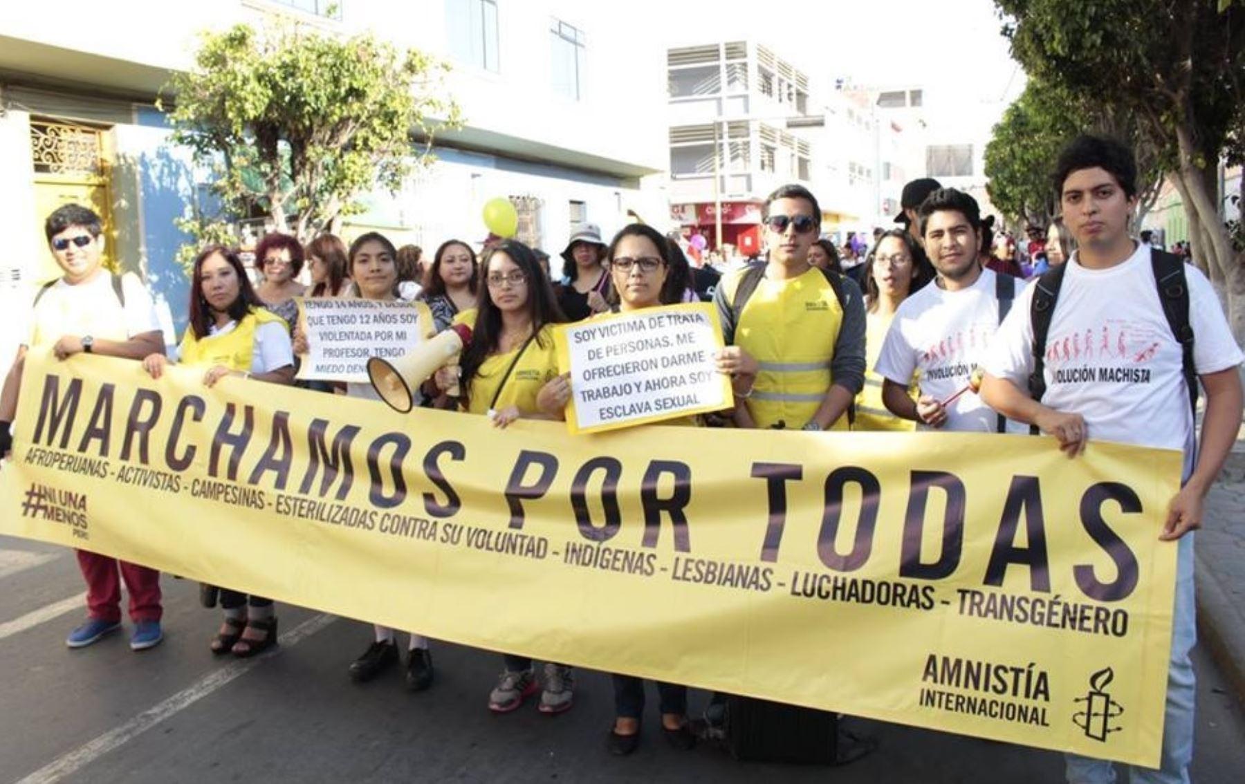 """Movilización """"Ni una menos"""" en la ciudad de Chiclayo"""