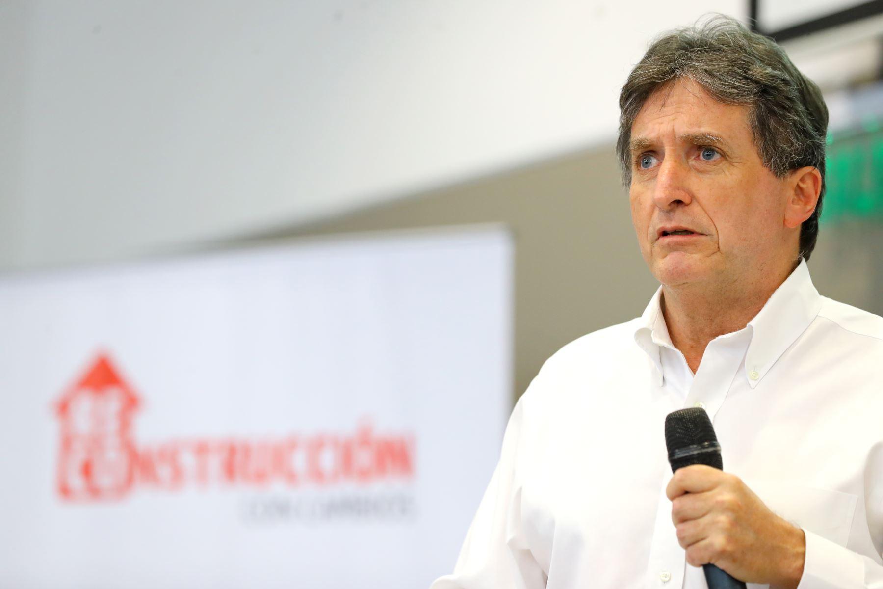 Director ejecutivo de la Autoridad para la Reconstrucción con Cambios, Pablo de la Flor.  ANDINA/Prensa Presidencia