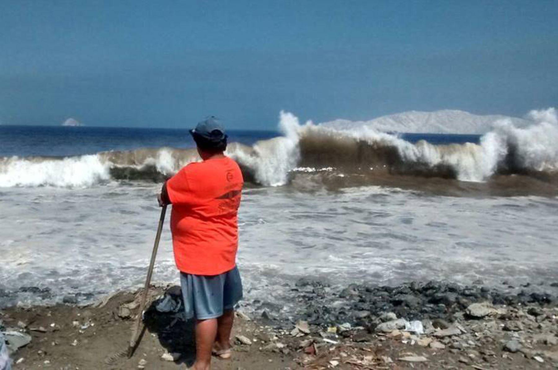 Por oleaje anómalo cierran puertos y caletas de todo el litoral, informó la DHN de la Marina. Foto: ANDINA/archivo