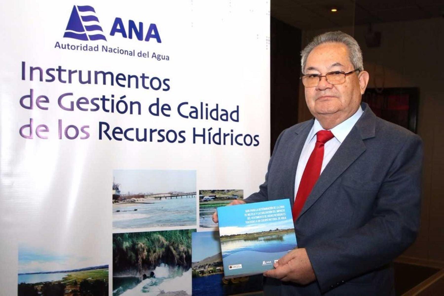 Jefe de la Autoridad Nacional del Agua, Abelardo De la Torre, presenta nuevas herramientas para evaluar recursos hídricos.