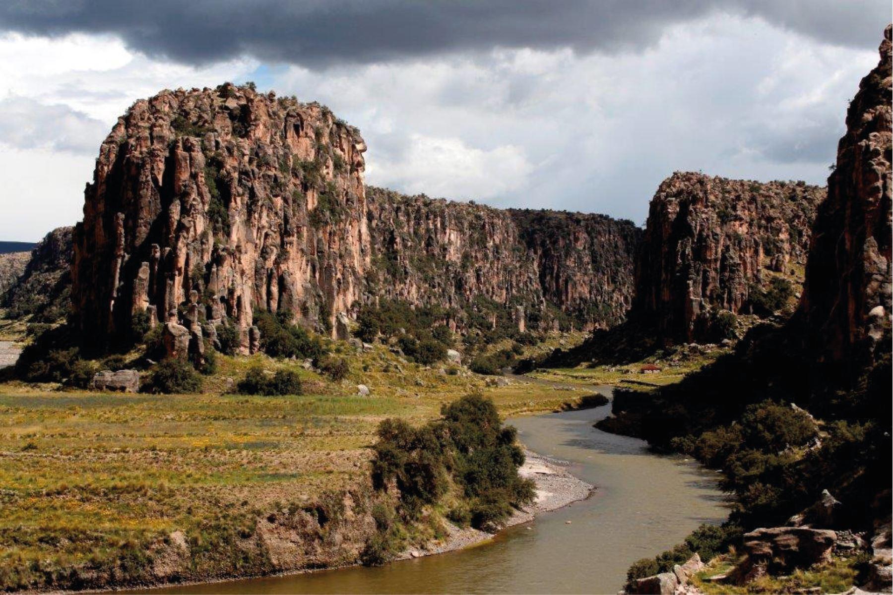 Zona de Tres Cañones, ubicada en la provincia de Espinar, en Cusco, es reconocida como Área de Conservación Regional.