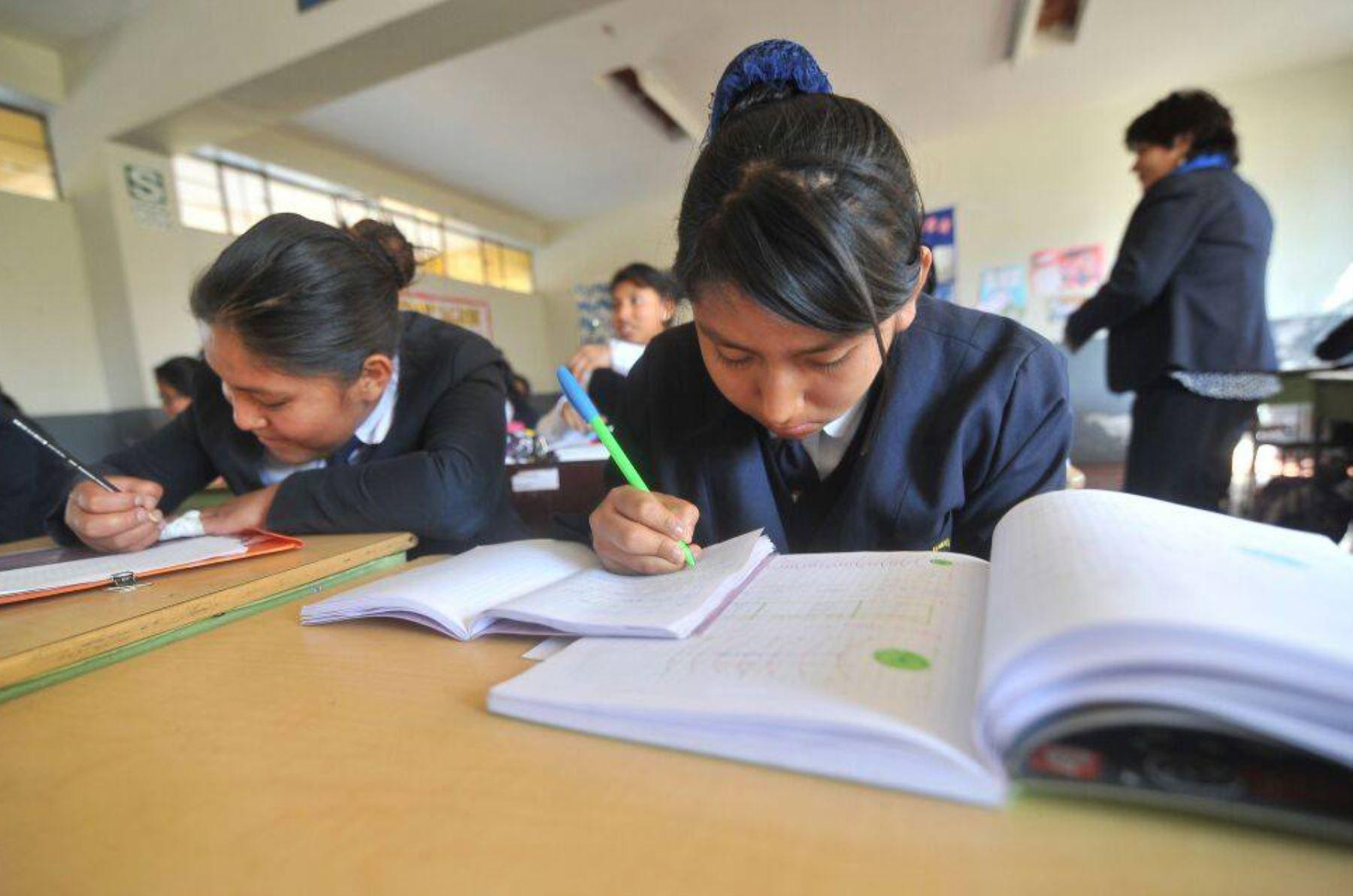 Arequipa: retrasan horario de ingreso a colegios por bajas temperaturas