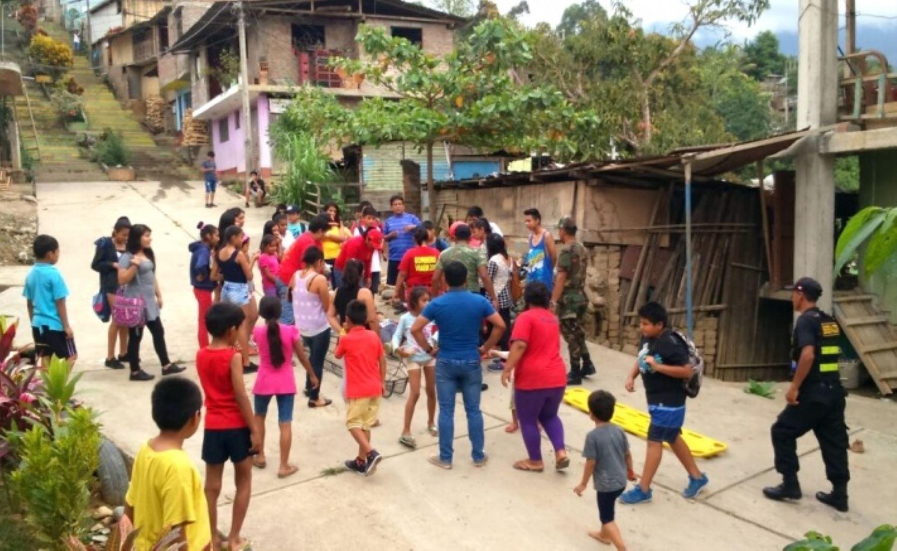 Simulacro de inundación se realizó en los barrios de Palmeras y Cesar Vallejo. Participó personal de la Compañía de Bomberos, Ejército del Perú, Serenazgo, Salud y otros sectores.