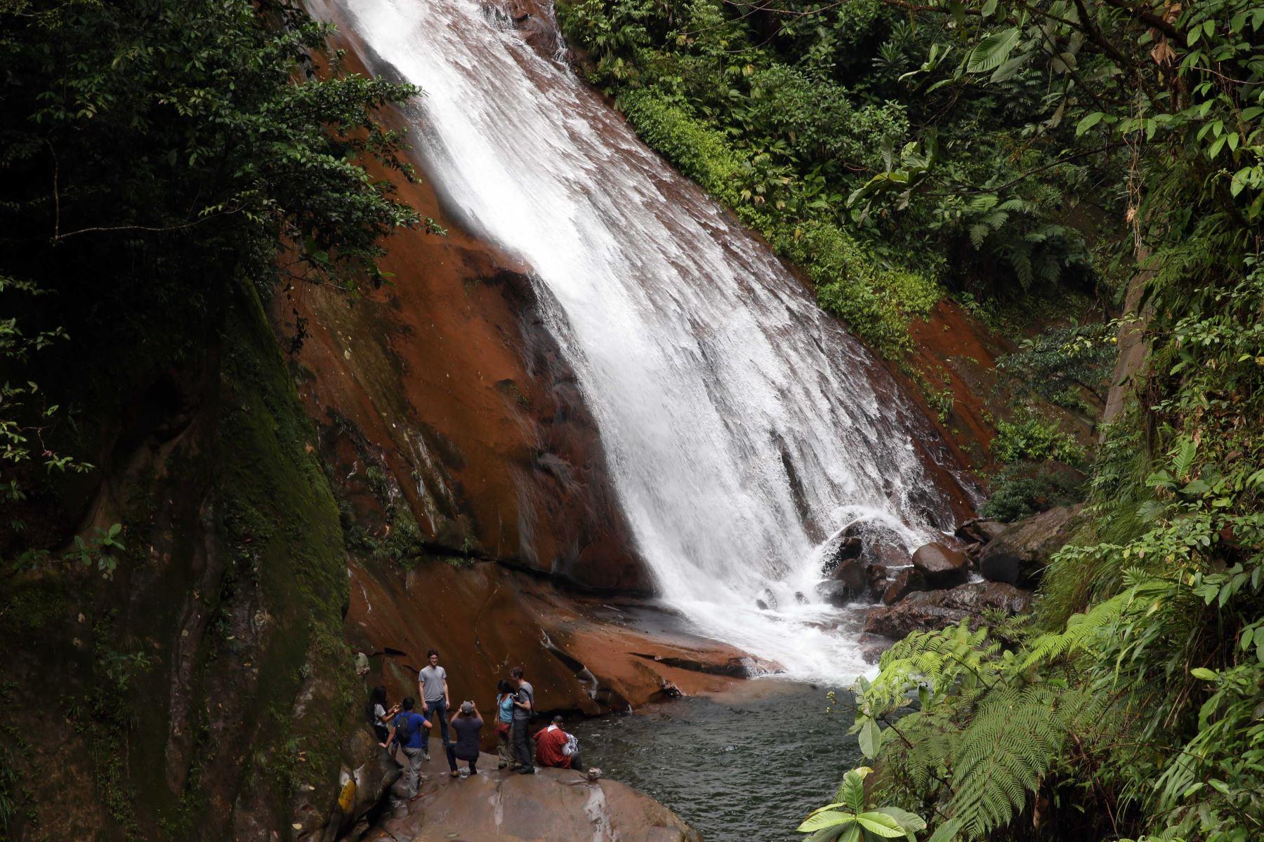 7673b92534 Catarata Velo de la Novia recibe más de 40,000 turistas en lo que va ...
