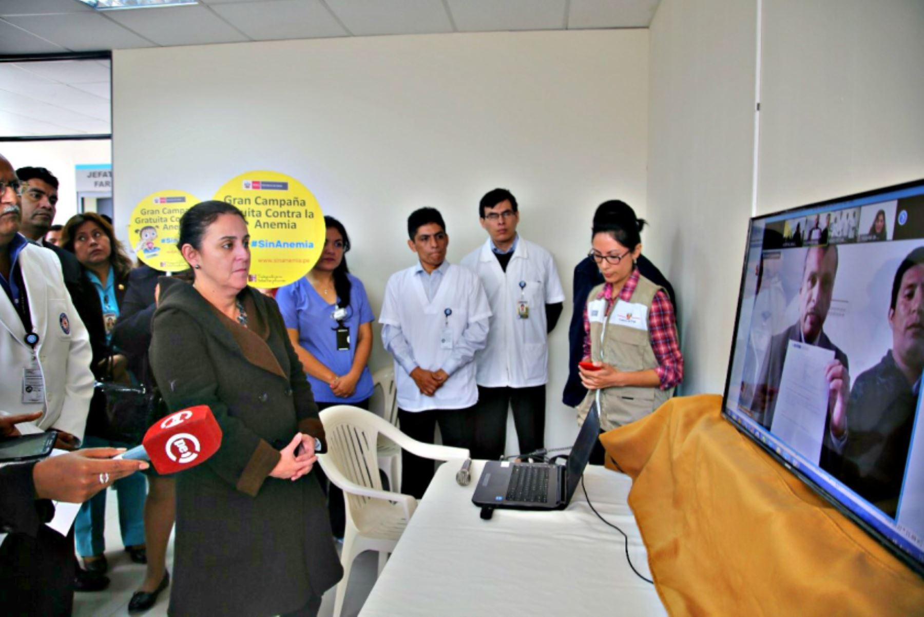 Ministra de Salud inauguró servicio de telemamografía en hospital de SJL. Foto: Difusión.