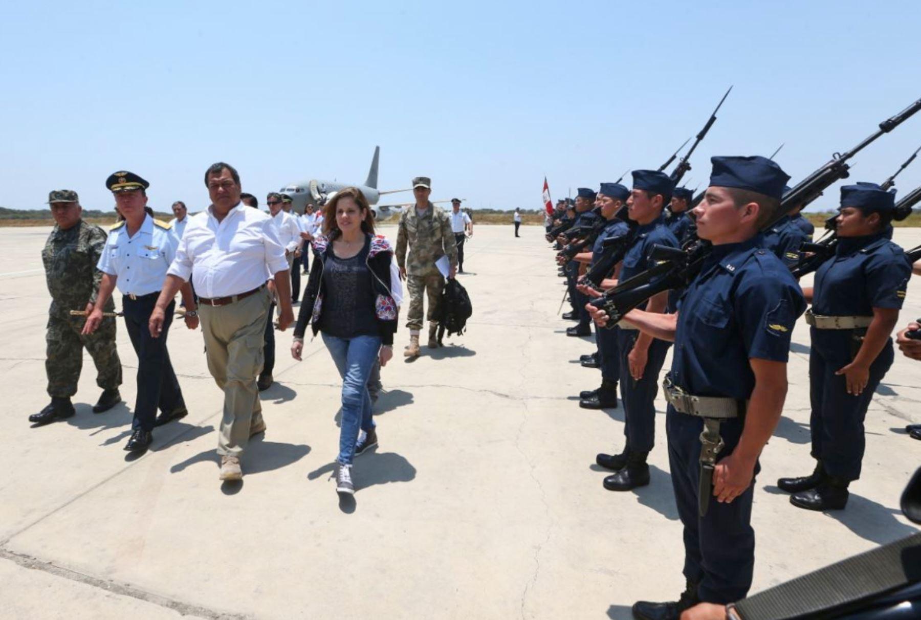 La jefa del Gabinete Ministerial, Mercedes Aráoz, llega a la ciudad de Piura para visitar diferentes obras relacionadas a la reconstrucción por los desastres naturales ocasionados por el fenómeno de El Niño costero.Foto: ANDINA/ MINDEF