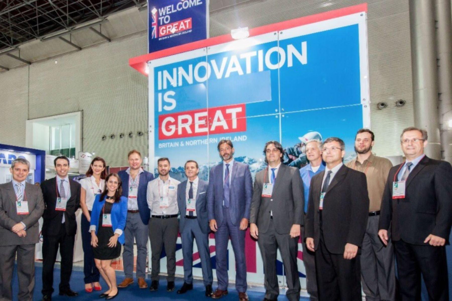 Delegación de empresas británicas presentes en Perumin 33 en Arequipa. Foto: Cortesía embajada Reino Unido.