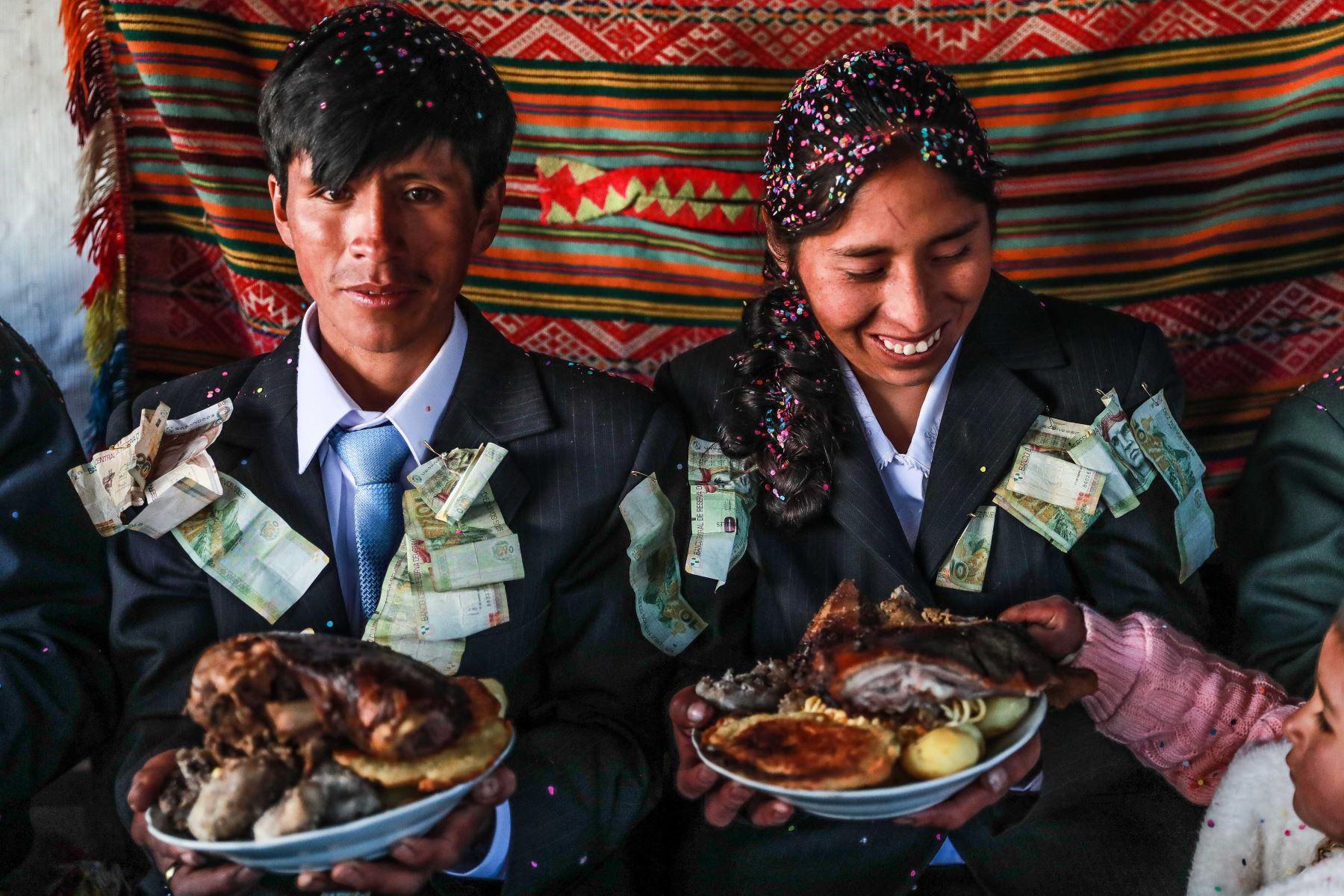 Kasarakuy, matrimonio en Huancarani, Cusco. Foto: ANDINA/Carlos Lezama