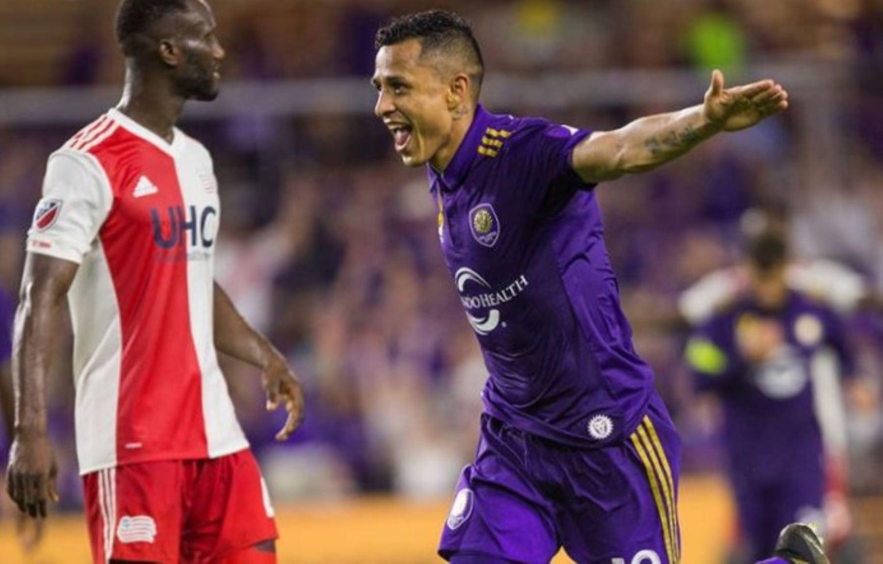 Yoshimar Yotún comienza a destacar en la liga de fútbol de Estados Unidos.