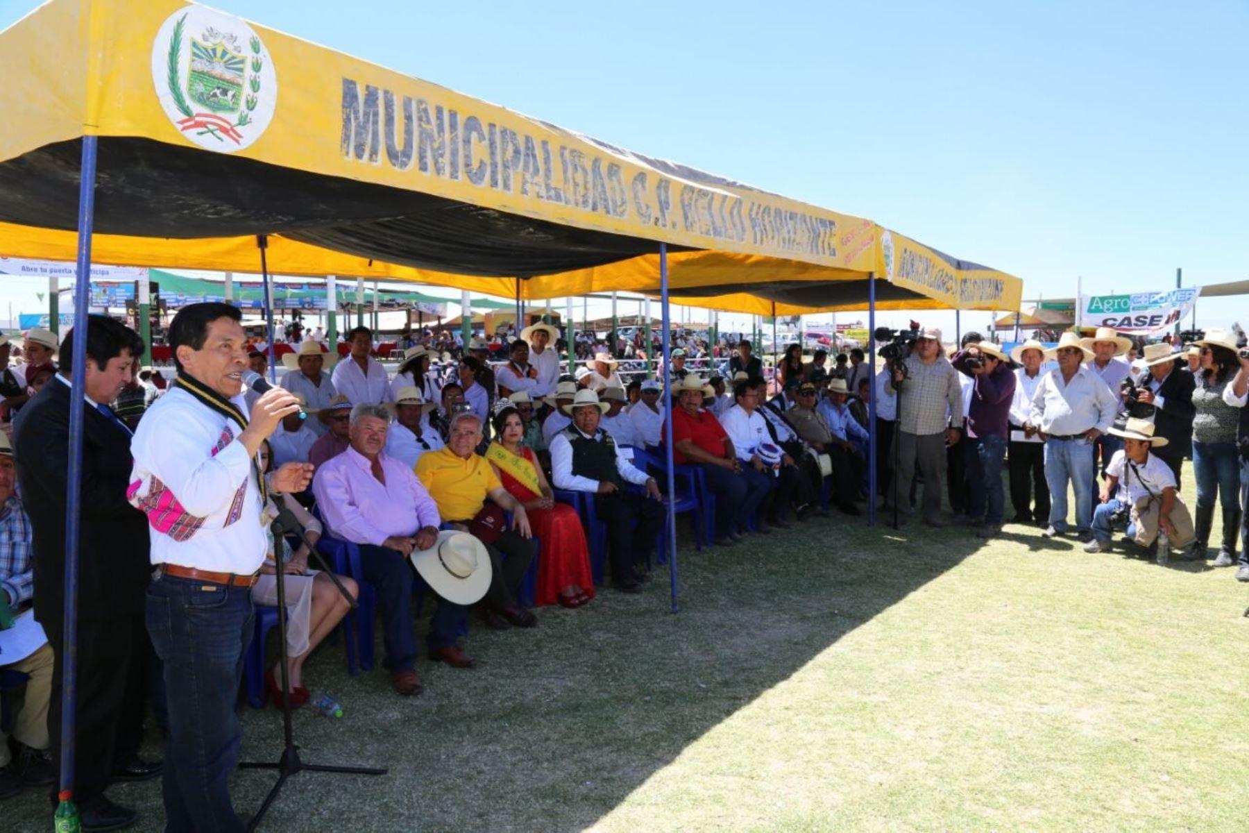 Ministro de Agricultura, José Hernández, realizó visita de trabajo en Arequipa.