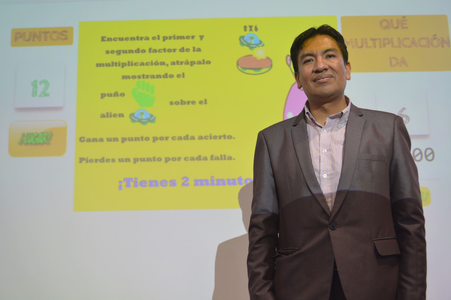 Docente peruano Juan Cadillo. Foto: Andina/Difusión