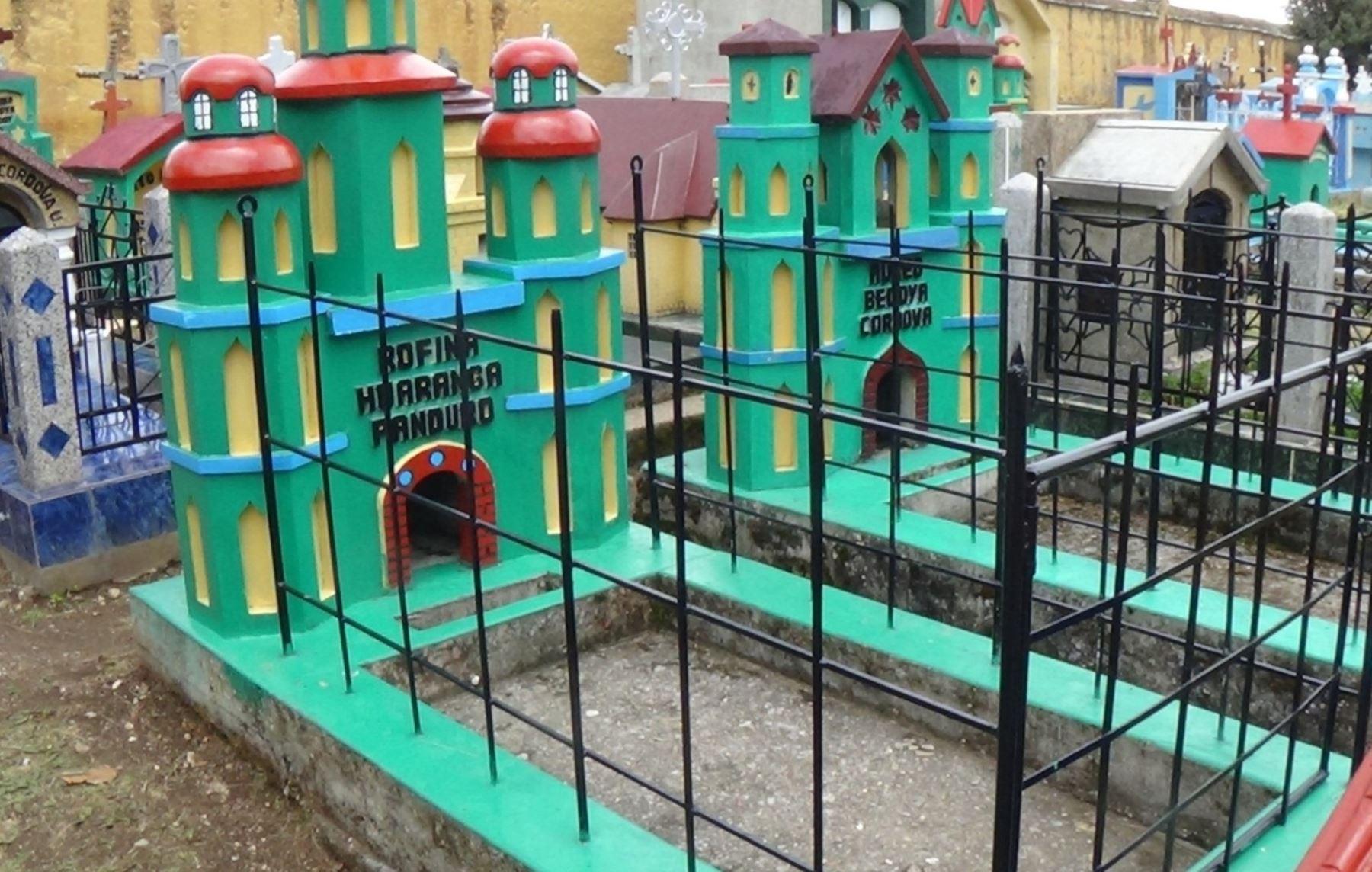 Conozca las singulares tumbas y lápidas del cementerio San Pedro de Ninacaca en Pasco. ANDINA