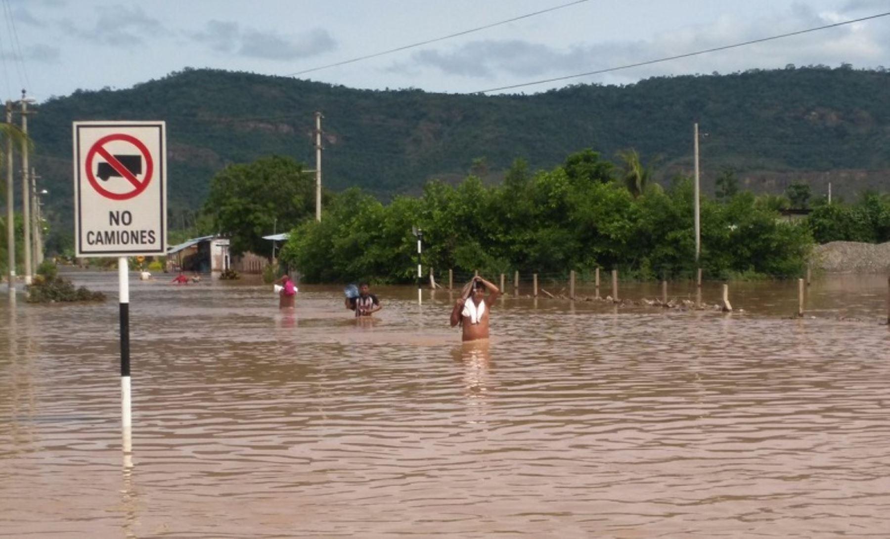 El Instituto Nacional de Defensa Civil (Indeci) confirmó que cinco personas perdieron la vida por inundaciones en la localidad El Paraíso, en el distrito de Tres Unidos, perteneciente a la provincia de Picota, región San Martín.