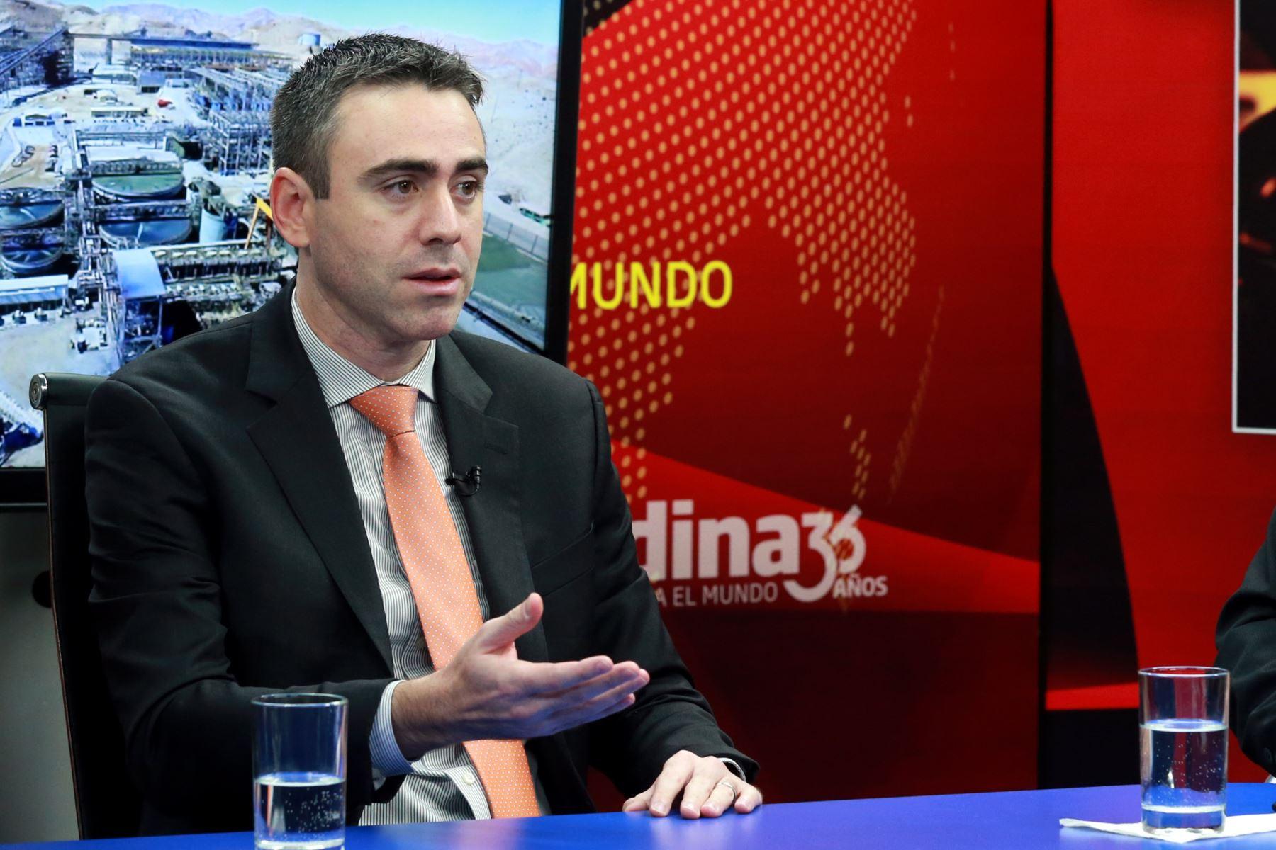 Vicepresidente del grupo Moody's Investors Service, Jaime Reusche. ANDINA/archivo