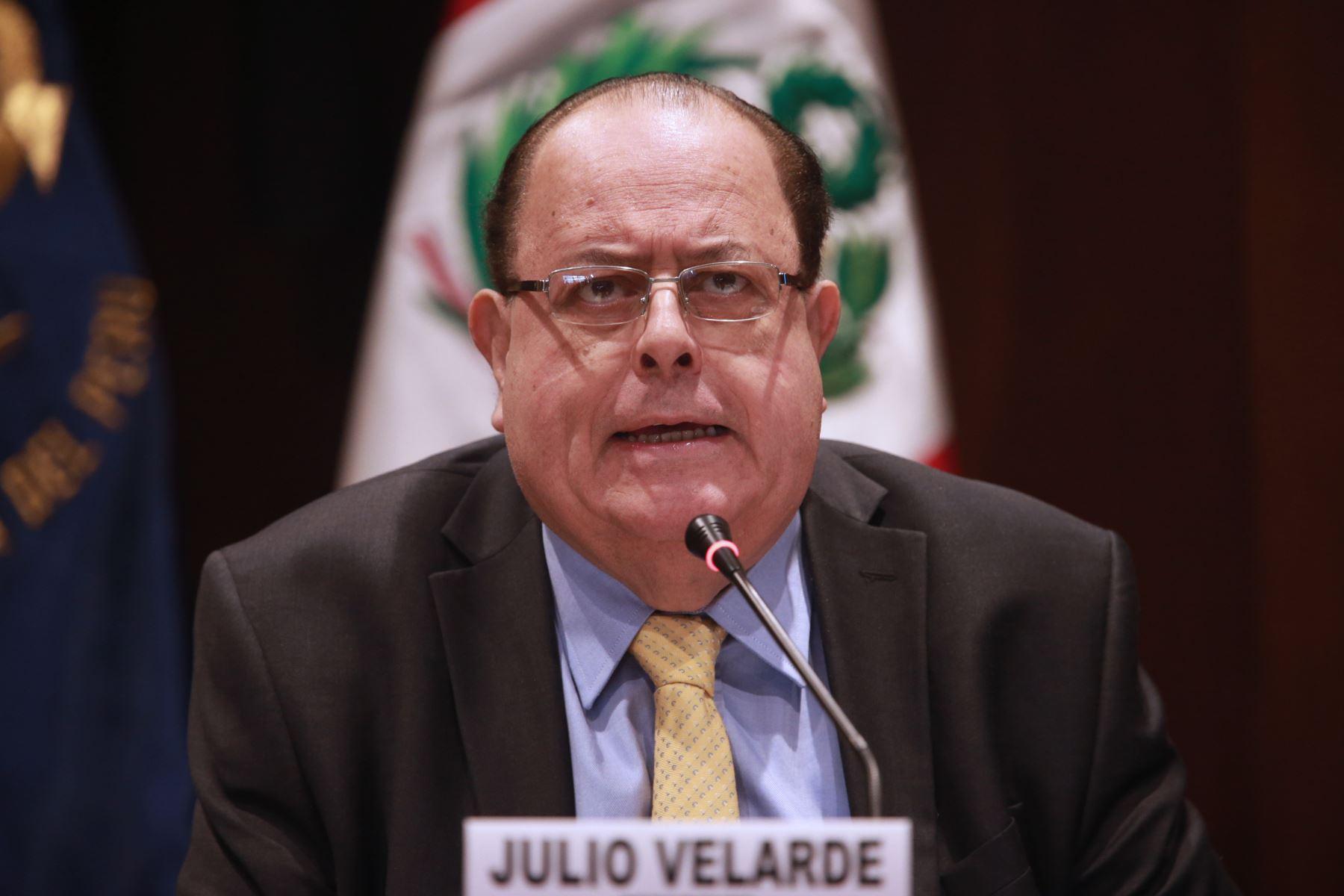Resultado de imagen para Julio Velarde