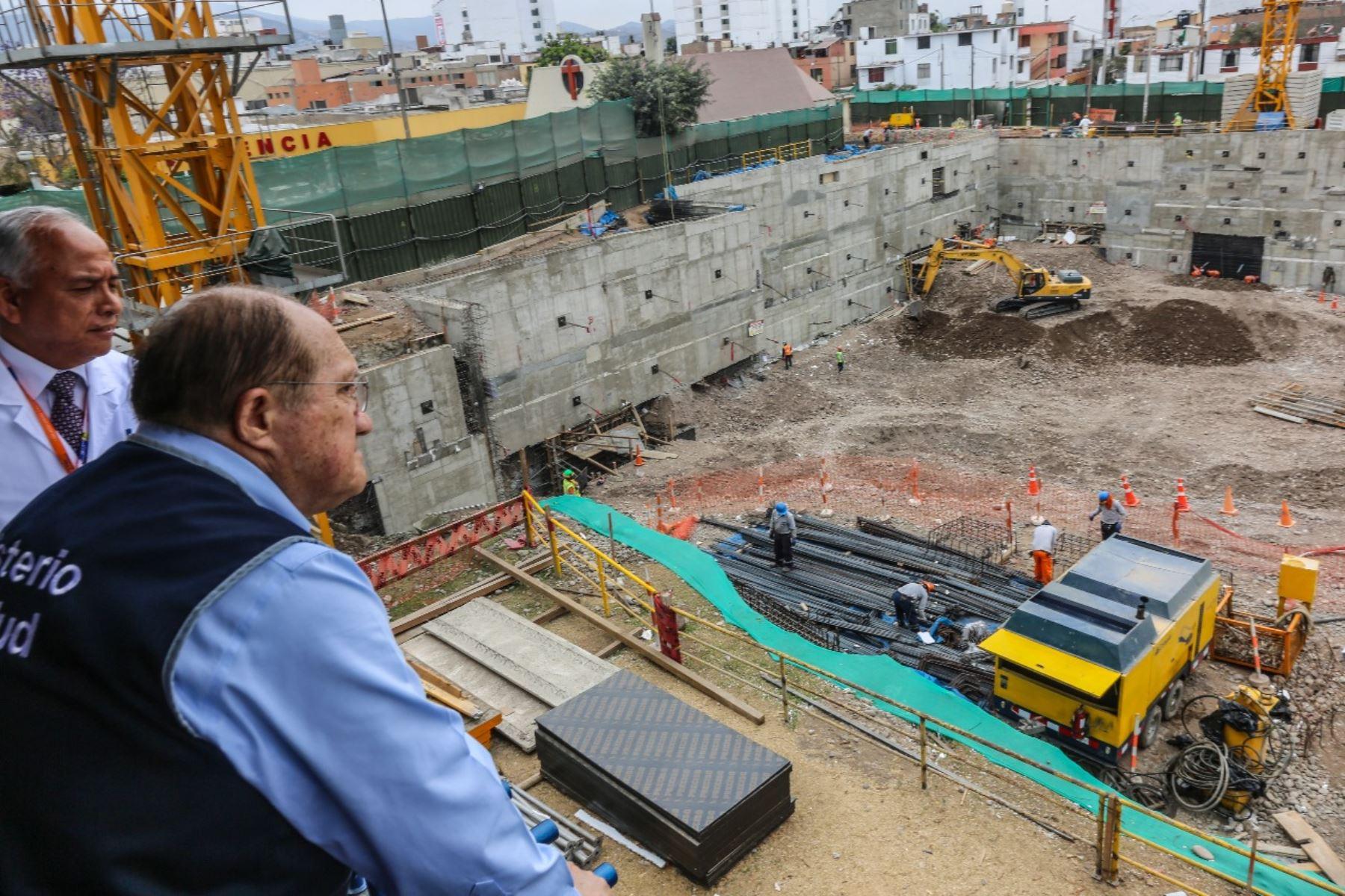 "Reinician obras de construcción de torre ""Esperanza"" en INEN: Foto: Andina/Difusión."