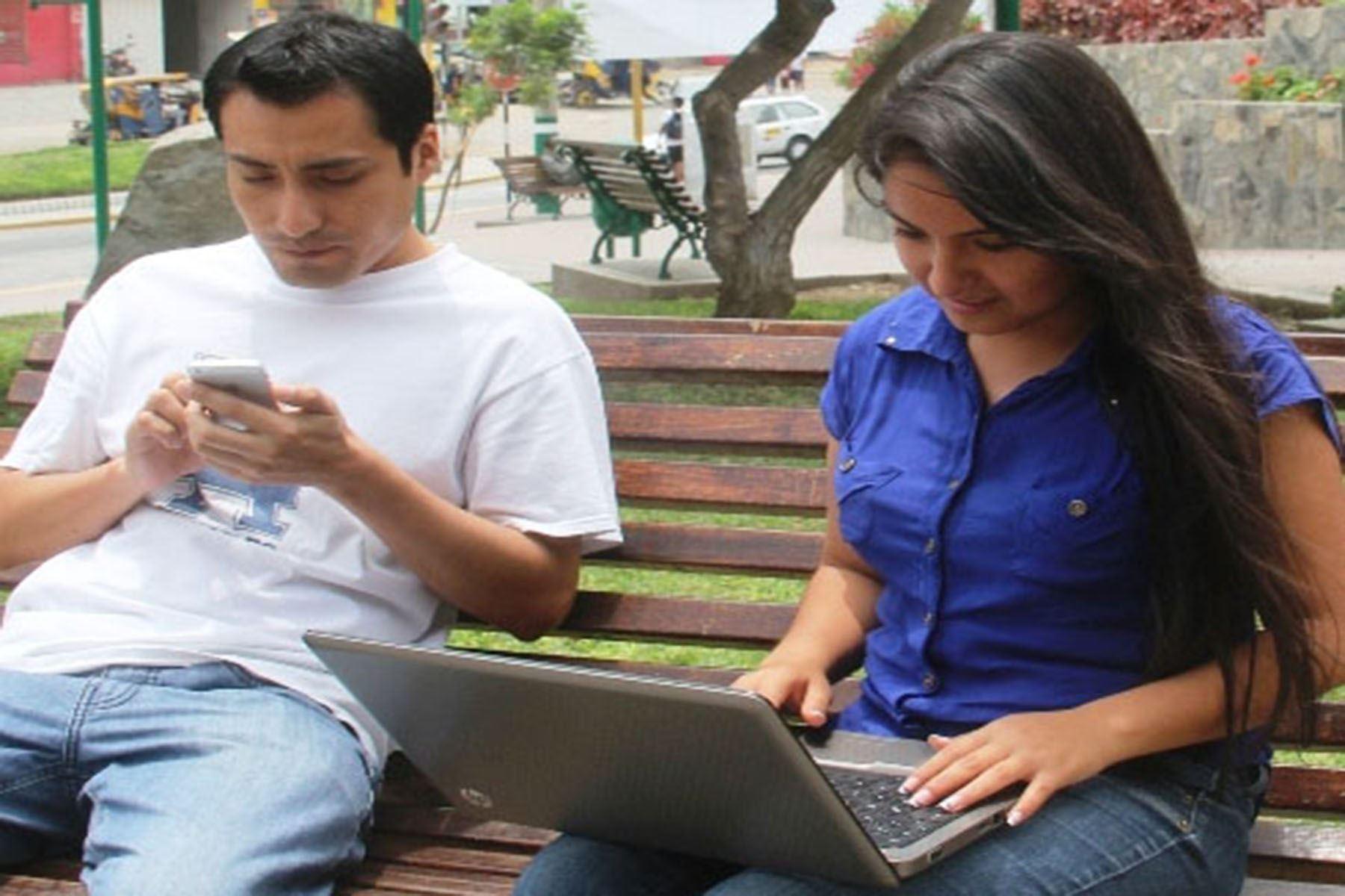 Usuarios de internet. Foto: ANDINA/Difusión