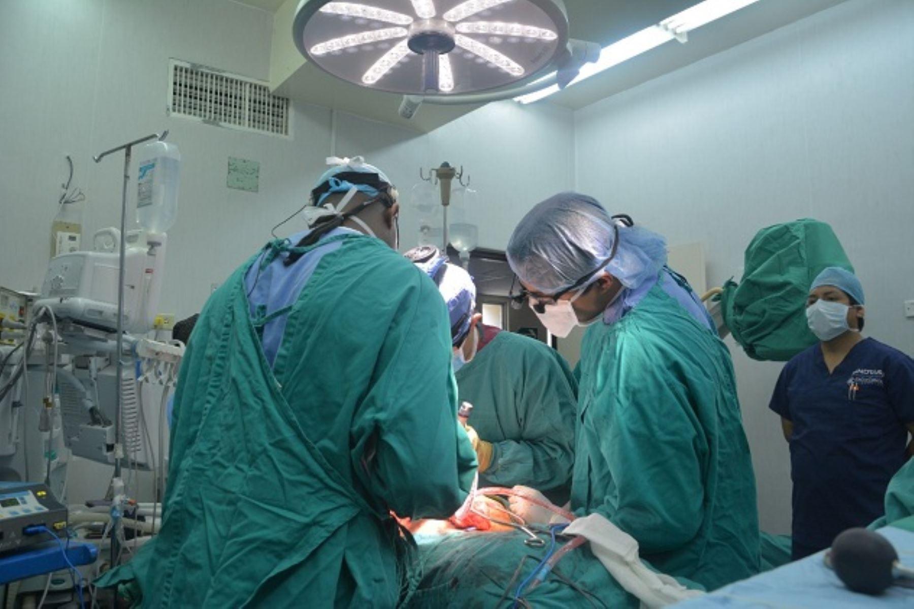 Sala de Cirugía para pacientes con TB funcionará en Hospital Hipólito Unanue. Foto: Difusión