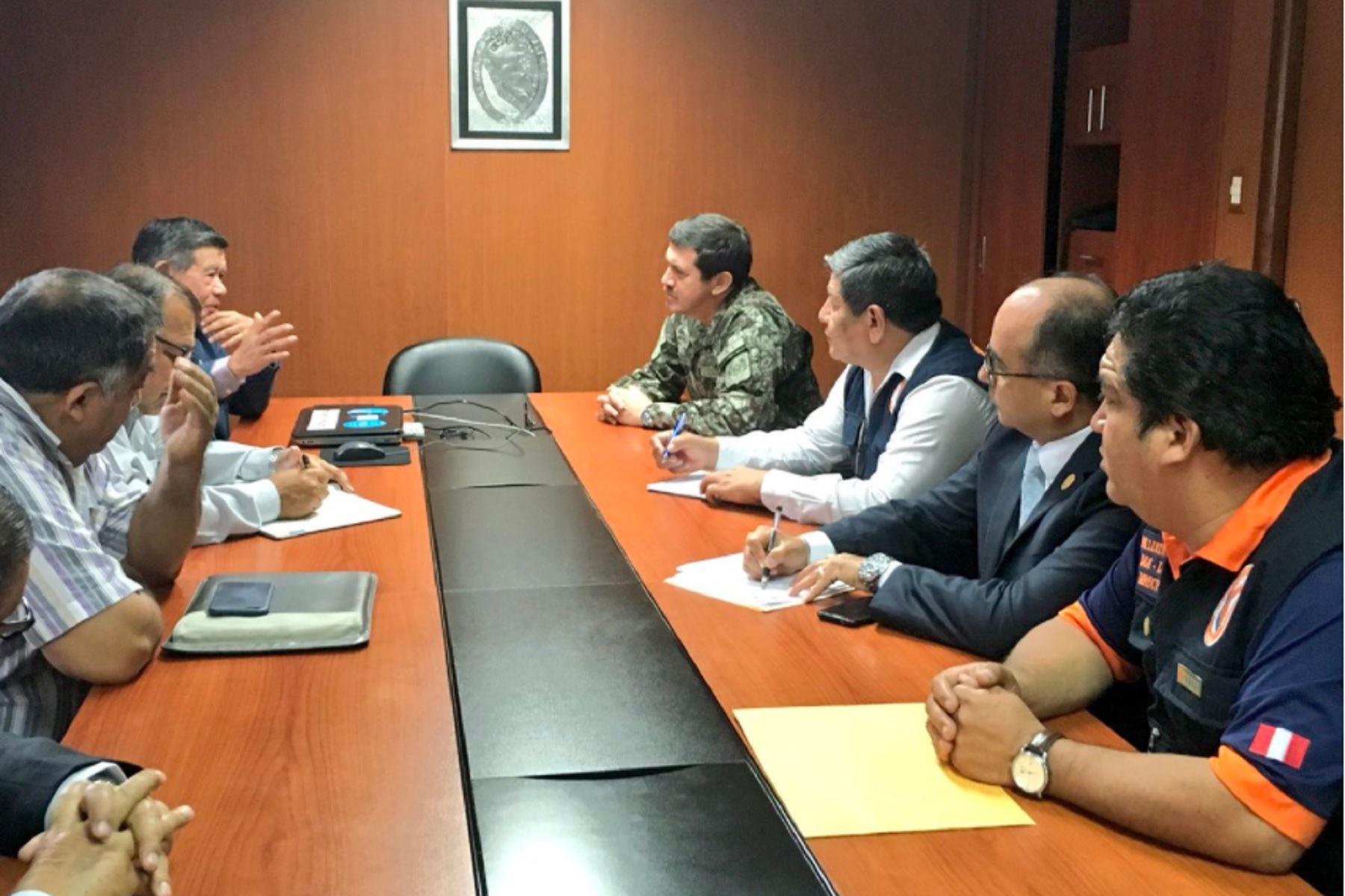 Indeci y región Lima coordinan acciones respuesta ante peligro por lluvias intensas