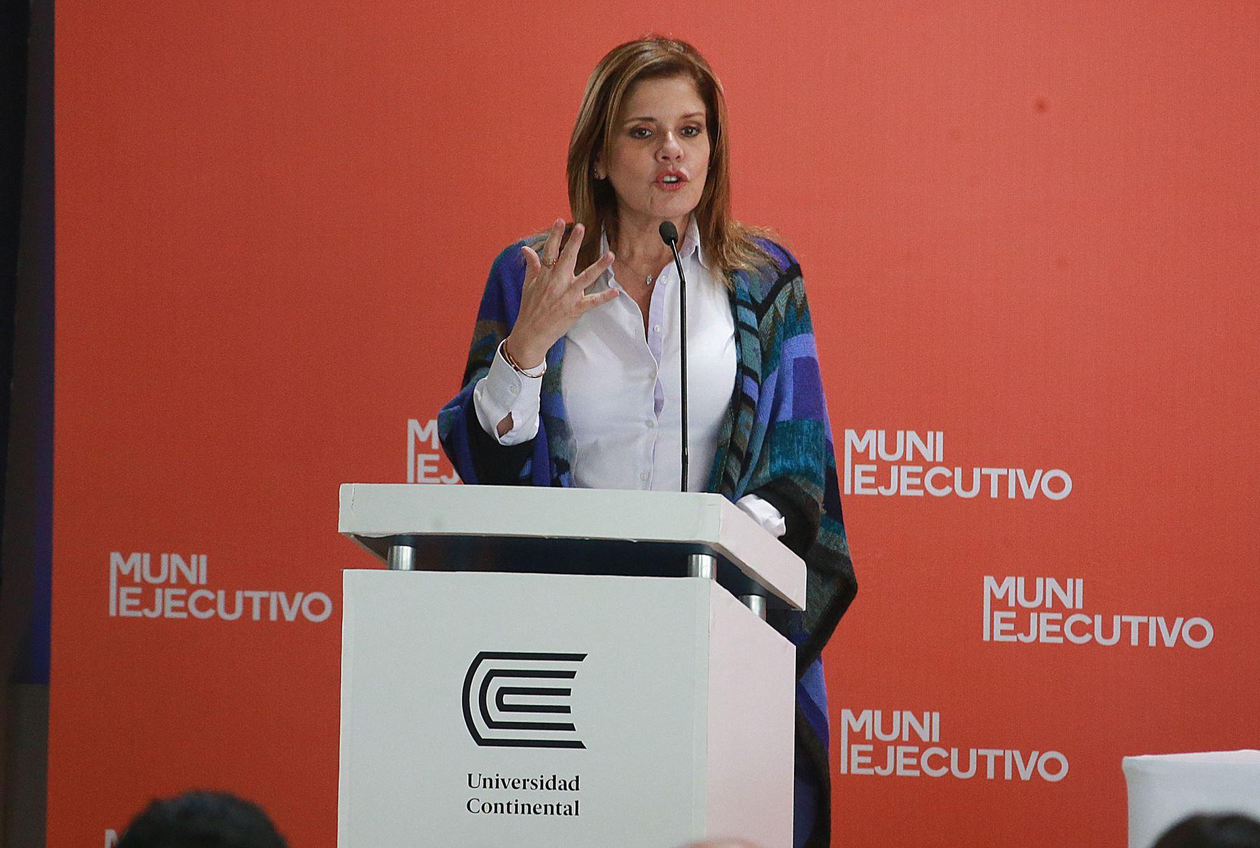Mercedes Aráoz Fernández. Actual presidenta del Consejo de Ministros, congresista y segunda vicepresidenta de la República. Es una de las figuras femeninas más influyentes en el gobierno. Foto: ANDINA/Vidal Tarqui