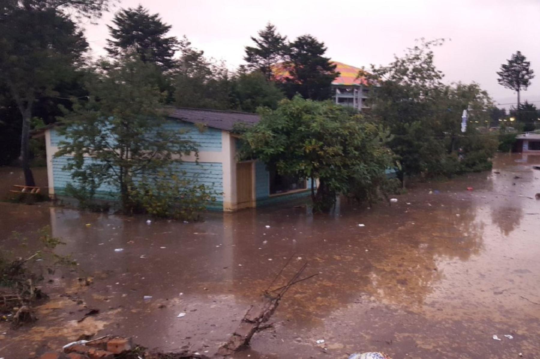 Al menos 100 viviendas afectadas por las lluvias torrenciales en Cajamarca. Foto: Twitter