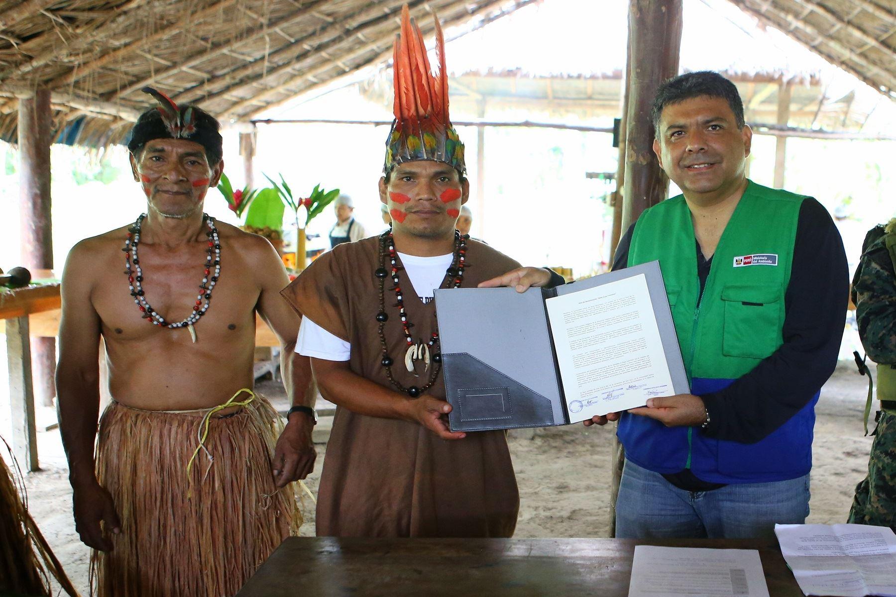 """Indígenas de Madre de Dios nombran a su bosque """"Nihii Eupa Francisco"""" (Bosque Papa Francisco). ANDINA/Difusión"""