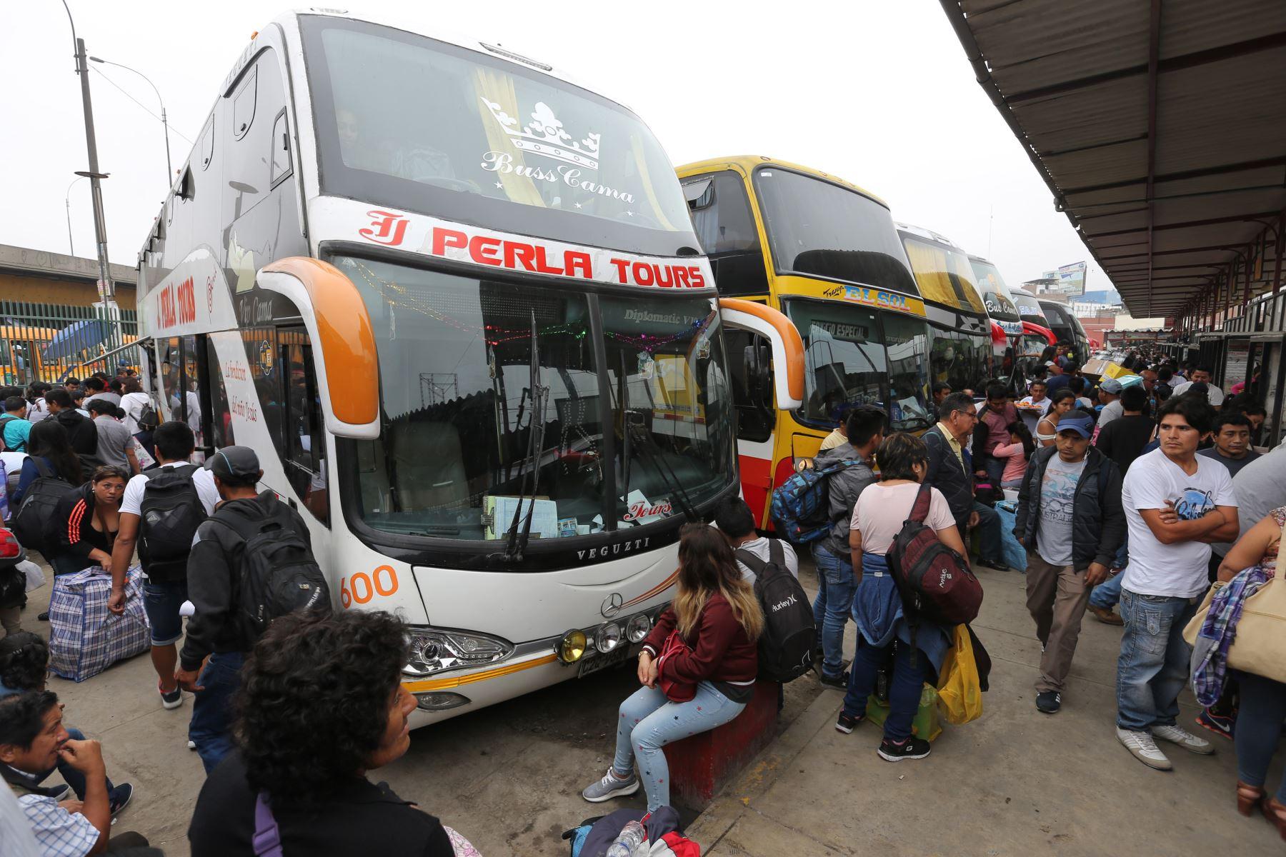 Precios de servicios de transporte se incrementaron en mayo 2018. ANDINA/Norman Córdova