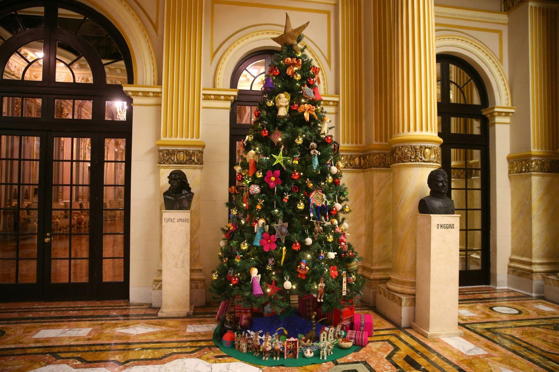 Navidad: Palacio de Gobierno luce nacimiento con decoraciones de ...