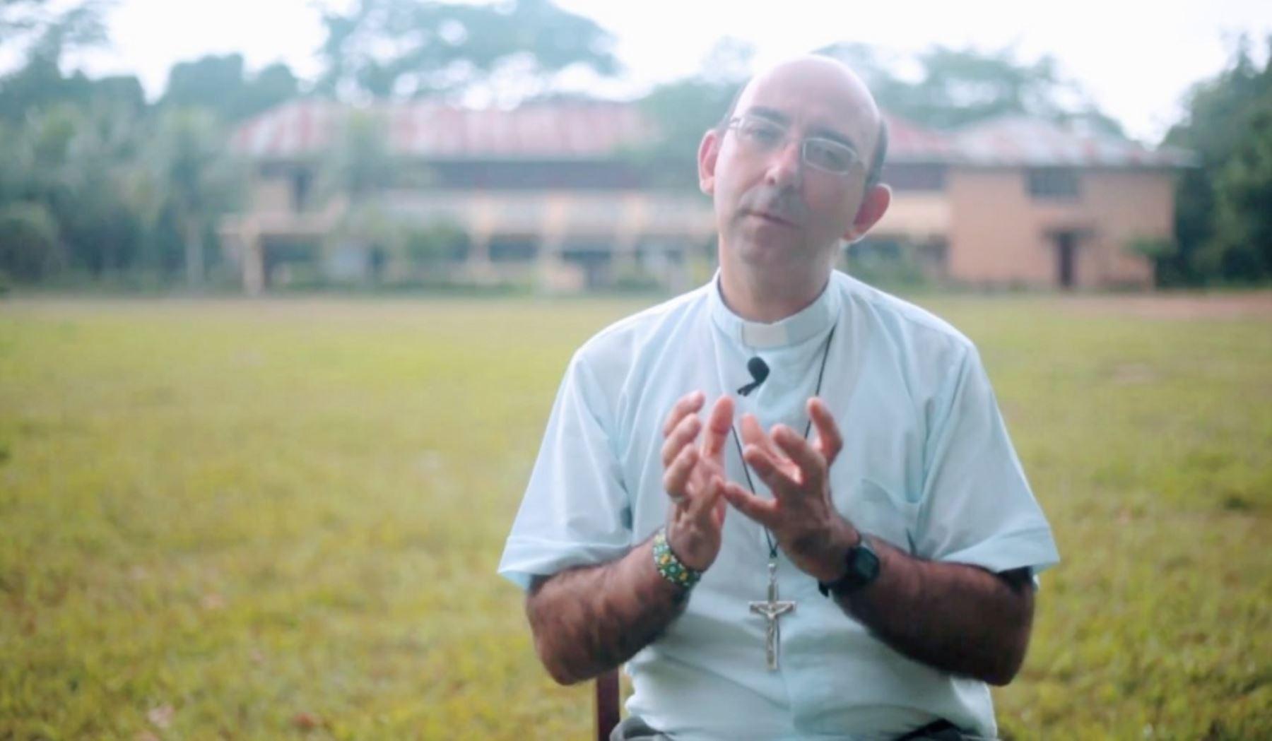 vicario apostólico de Puerto Maldonado, monseñor David Martínez de Aguirre Guinea