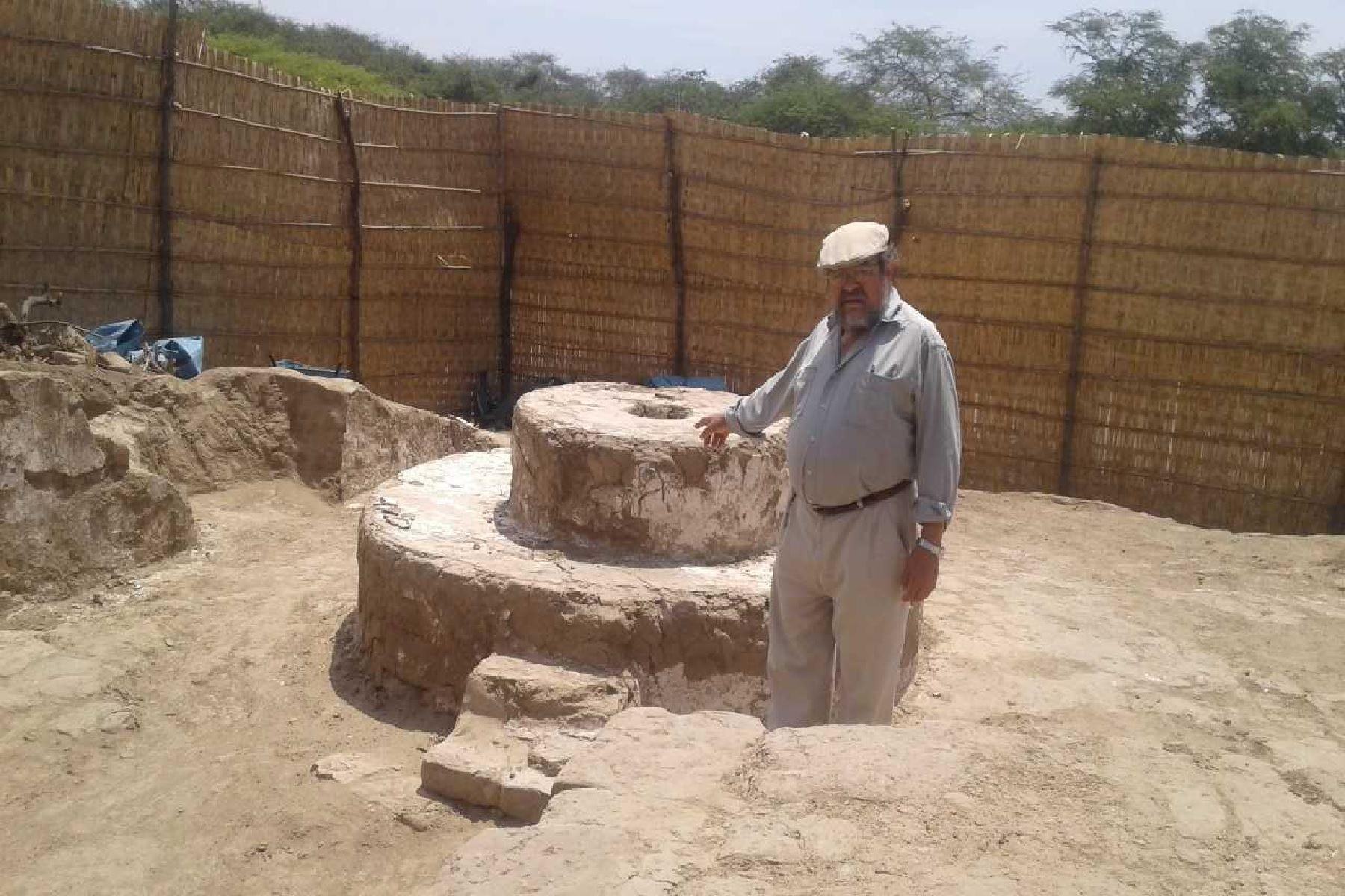 El equipo de arqueólogos está dirigido por el investigador Walter Alva.