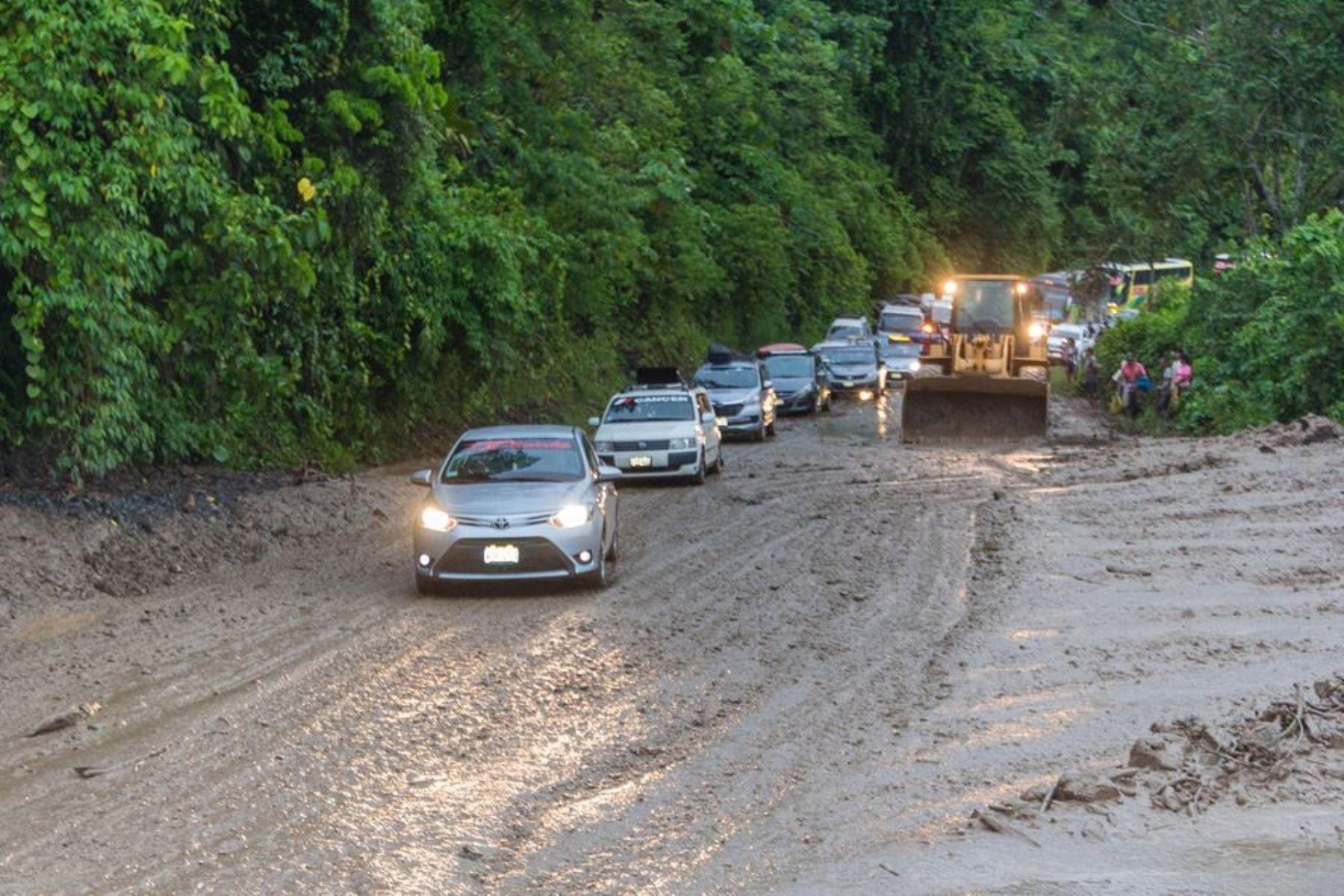 lluvias originaron derrumbes, colapso de puente y berma que afectaron las carreteras en región San Martín.Foto:  ANDINA.