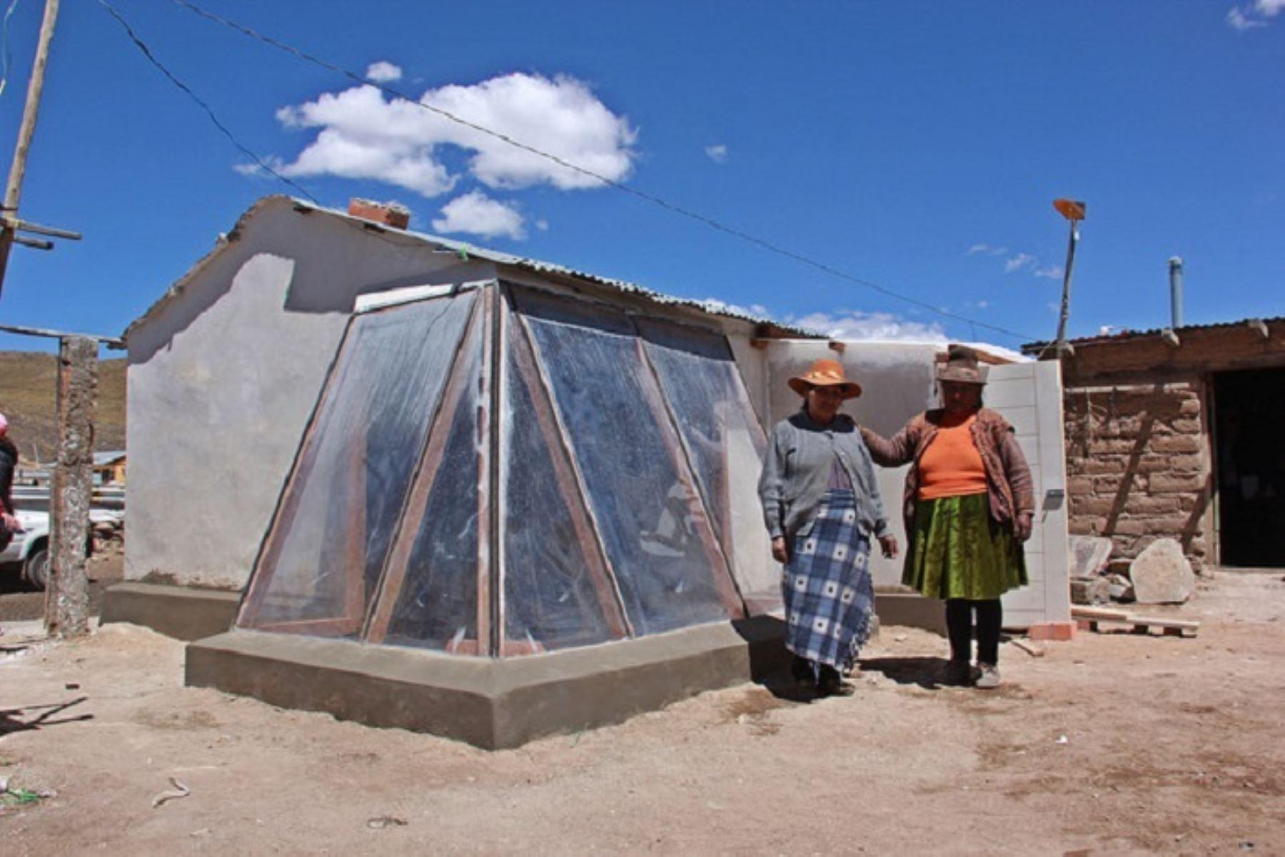 Cocinas mejoradas, fruto de la innovación, mejoran la calidad de vida de los pobladores. ANDINA/Difusión