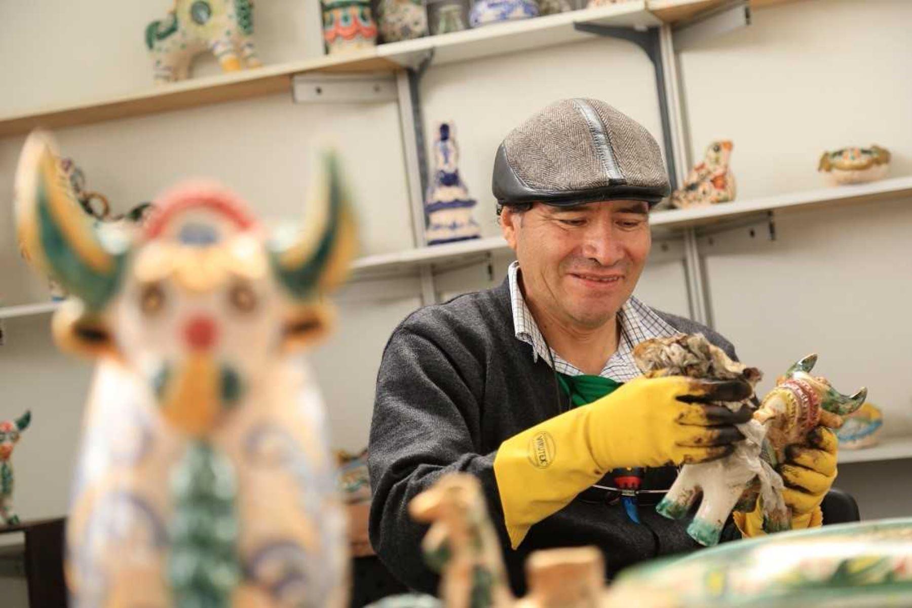 El Ministerio de Comercio Exterior y Turismo (Mincetur) anunció que se encuentran abiertas las inscripciones para postular al Premio Nacional Amautas de la Artesanía Peruana, uno de los reconocimientos más importantes que otorga el Estado a los artesanos más destacados del país. Foto: ANDINA/Difusión.