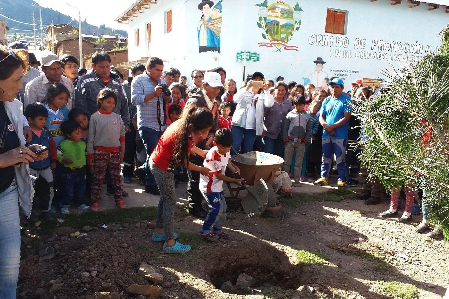 Más de 13,000 pobladores de Ayacucho y Puno se beneficiarán con obras de saneamiento rural. ANDINA/Difusión