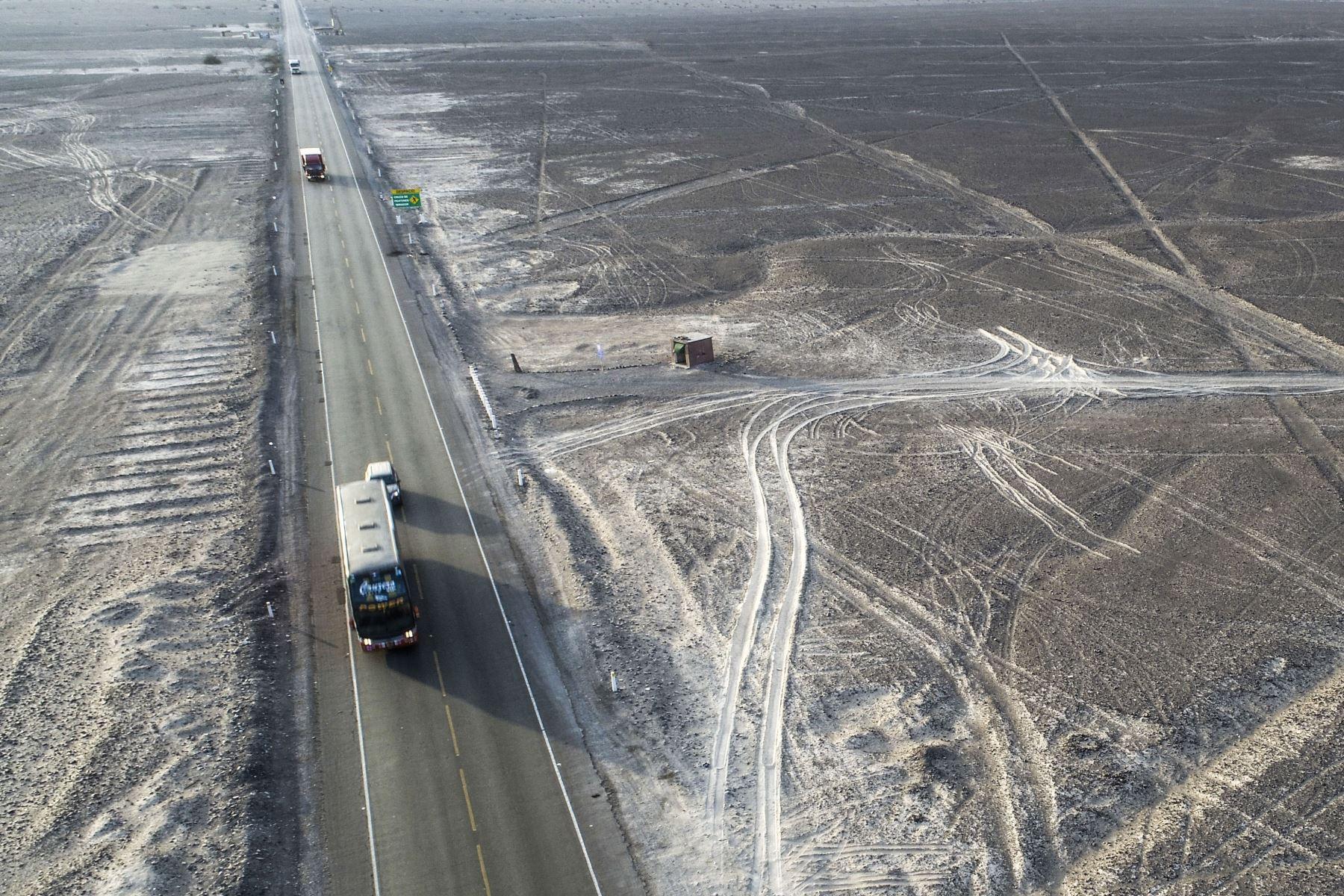 Así luce la zona dañada por el ingreso de camión en las Líneas de Nasca. Cortesía