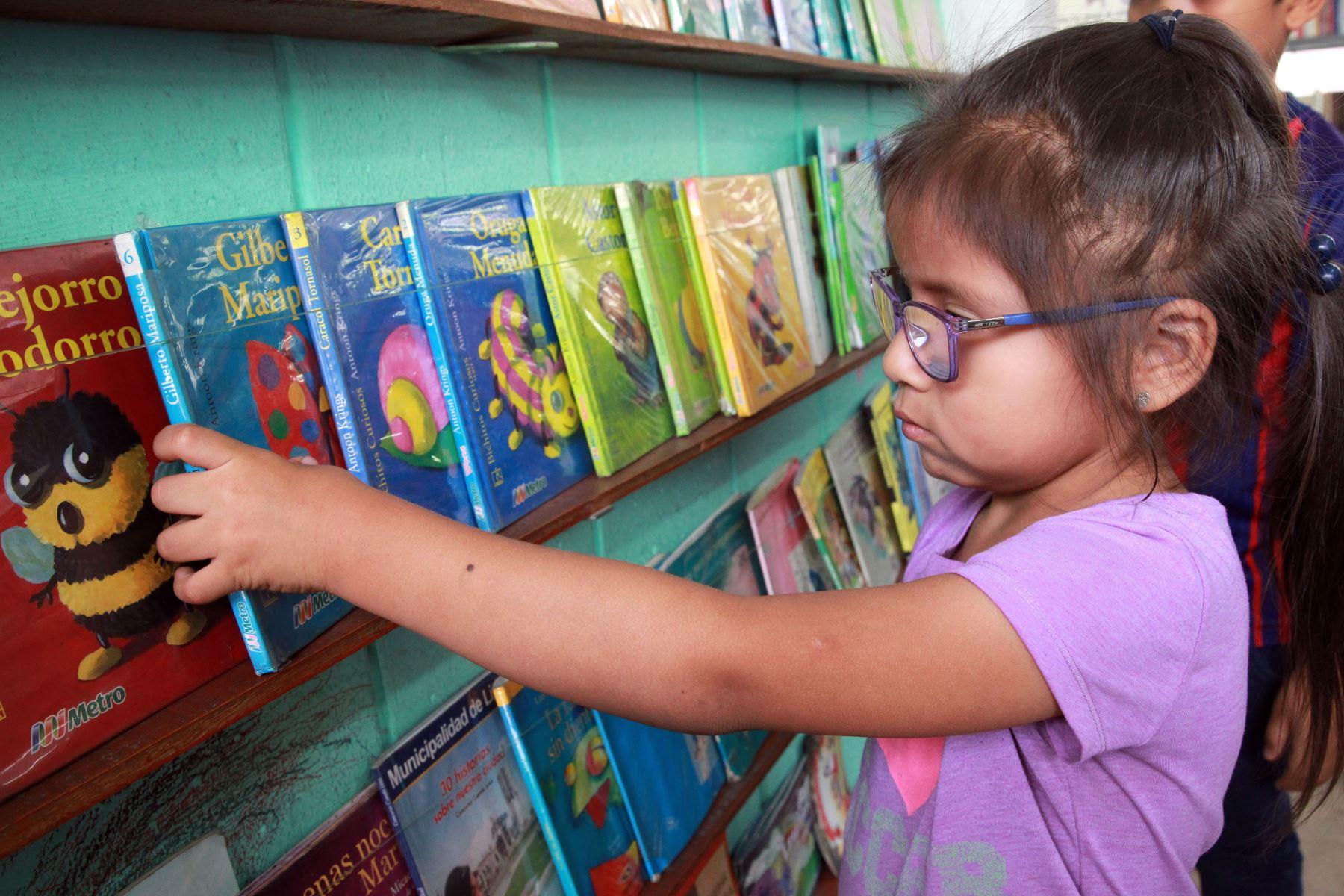 Bibliotecas públicas dan servicio a niños ANDINA/Dante Zegarra