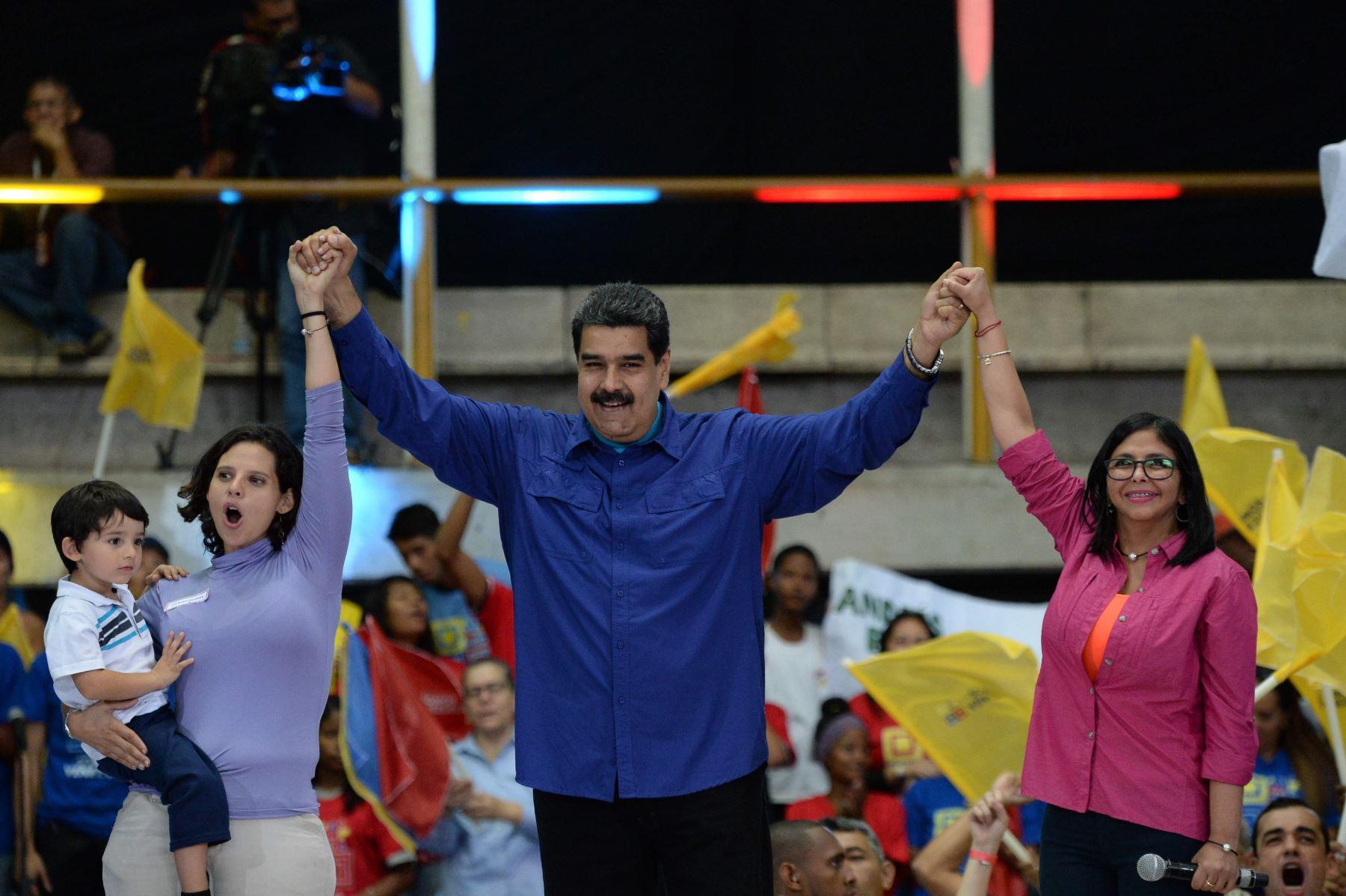 Maduro pronuncia discurso en manifestación. Foto: AFP