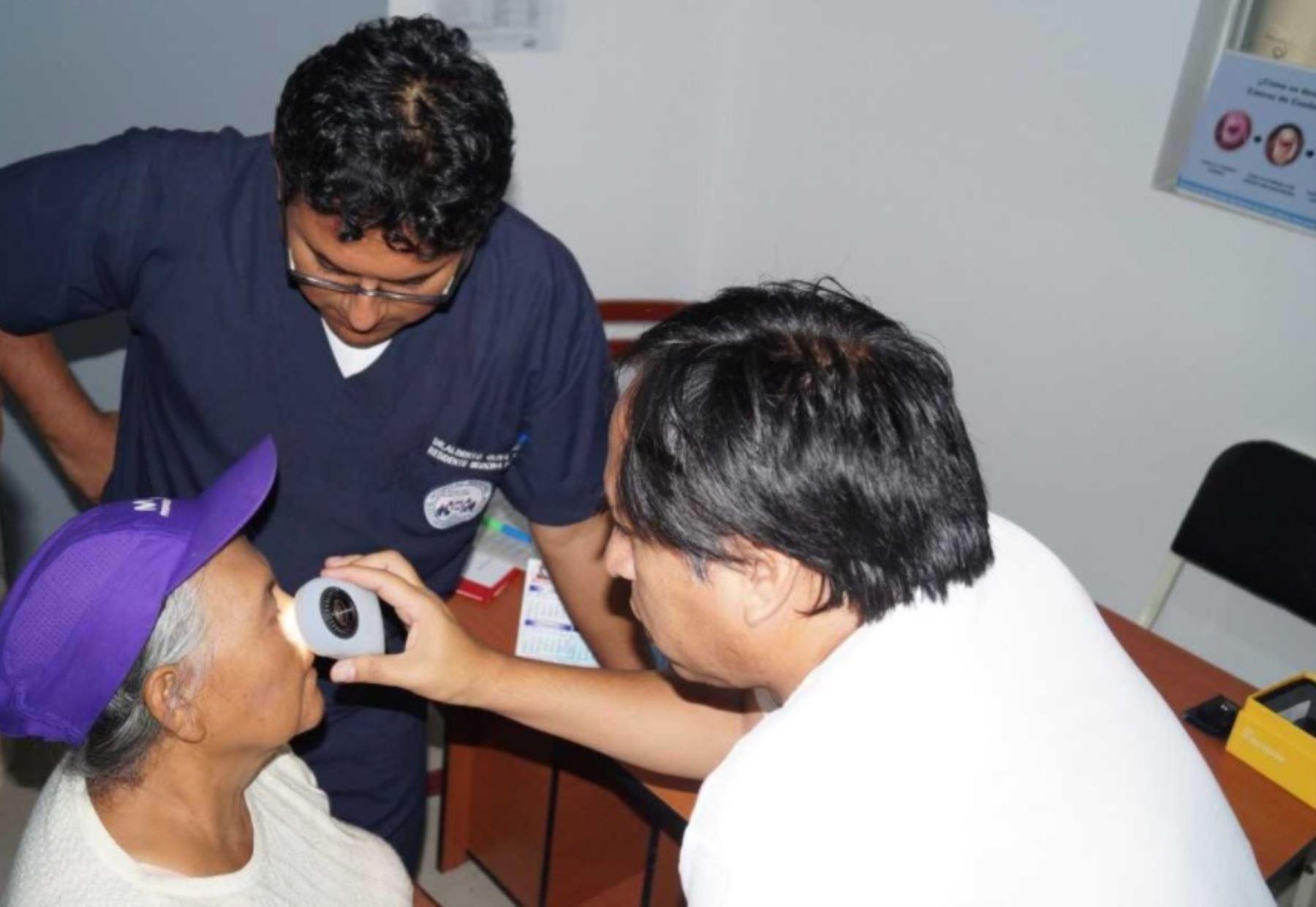 El número de casos nuevos de cáncer de piel en la región Arequipa se incrementó en aproximadamente 4% en los últimos diez años y cada vez son más frecuentes las personas que presentan lesiones benignas o malignas ocasionadas por la radiación ultravioleta del sol. ANDINA/Difusión