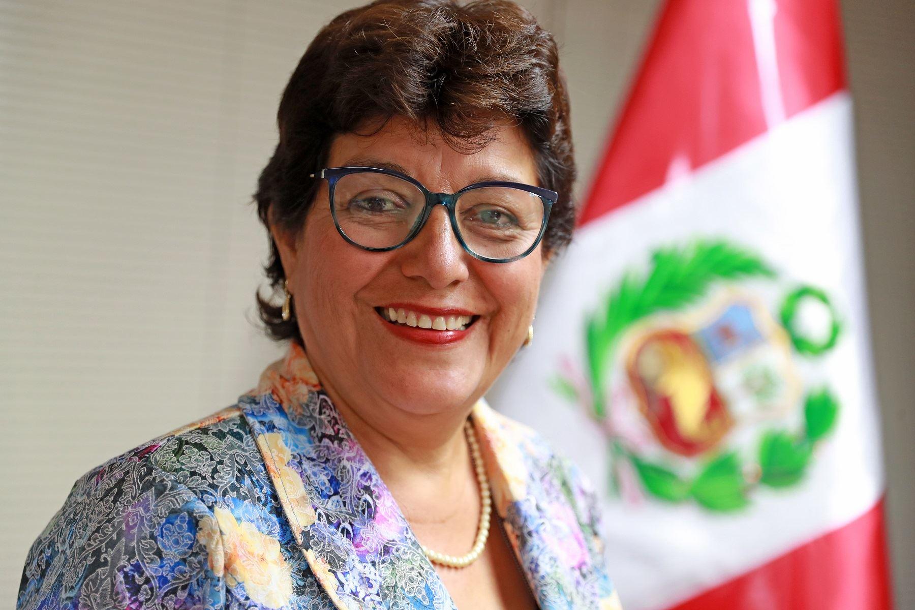 Flor Luna Victoria Mori.