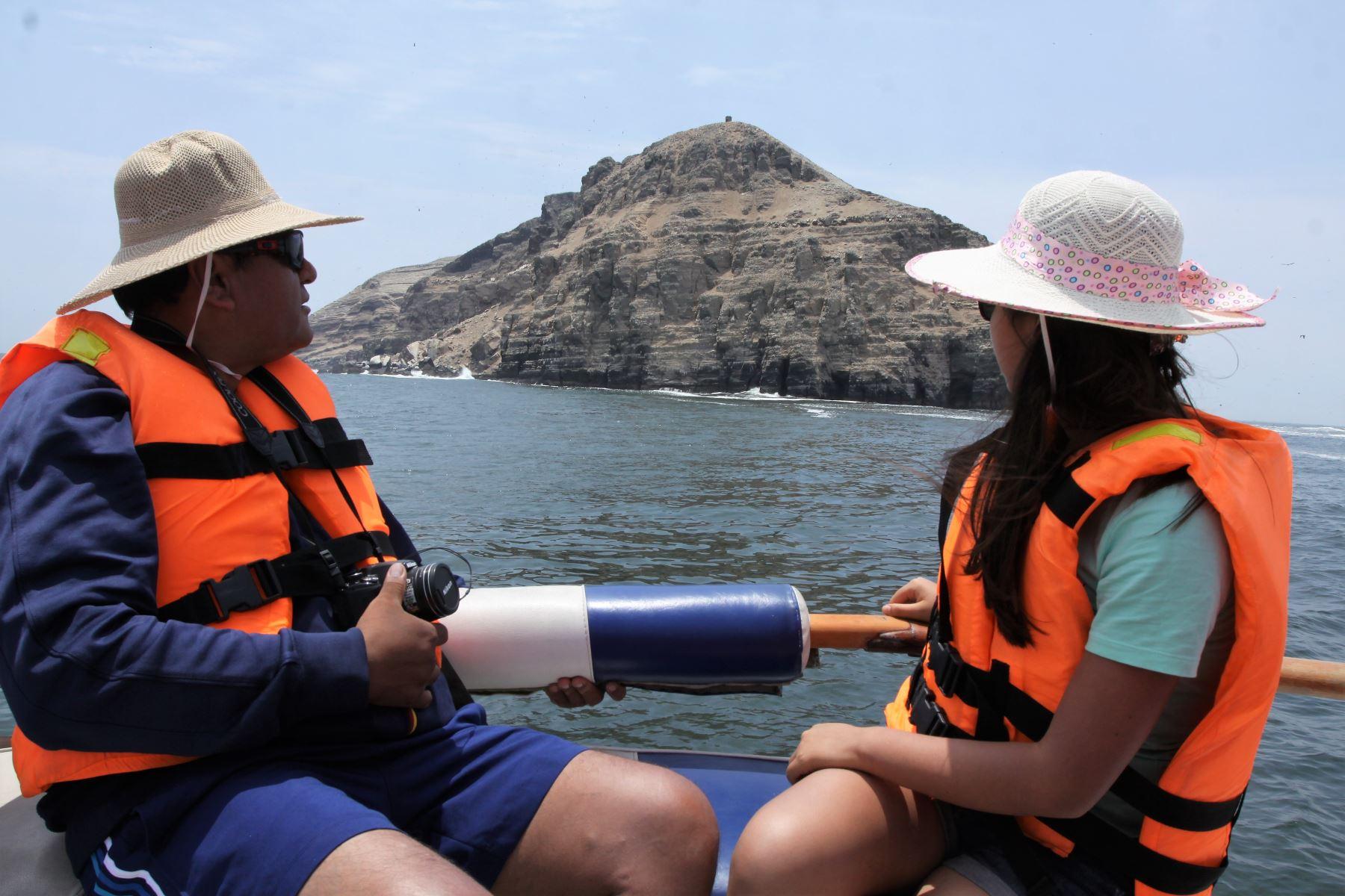 """Sernanp promueve visitas a las """"islas del amor"""" por el Día de San Valentín. ANDINA/archivo"""